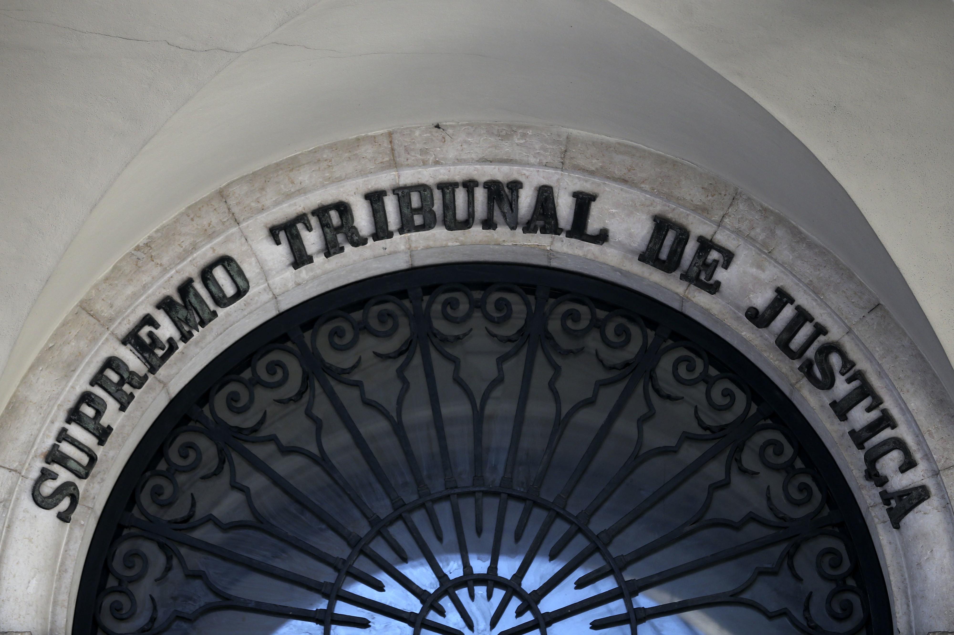 Doze anos de prisão para autor de 164 crimes sexuais contra filha e enteada