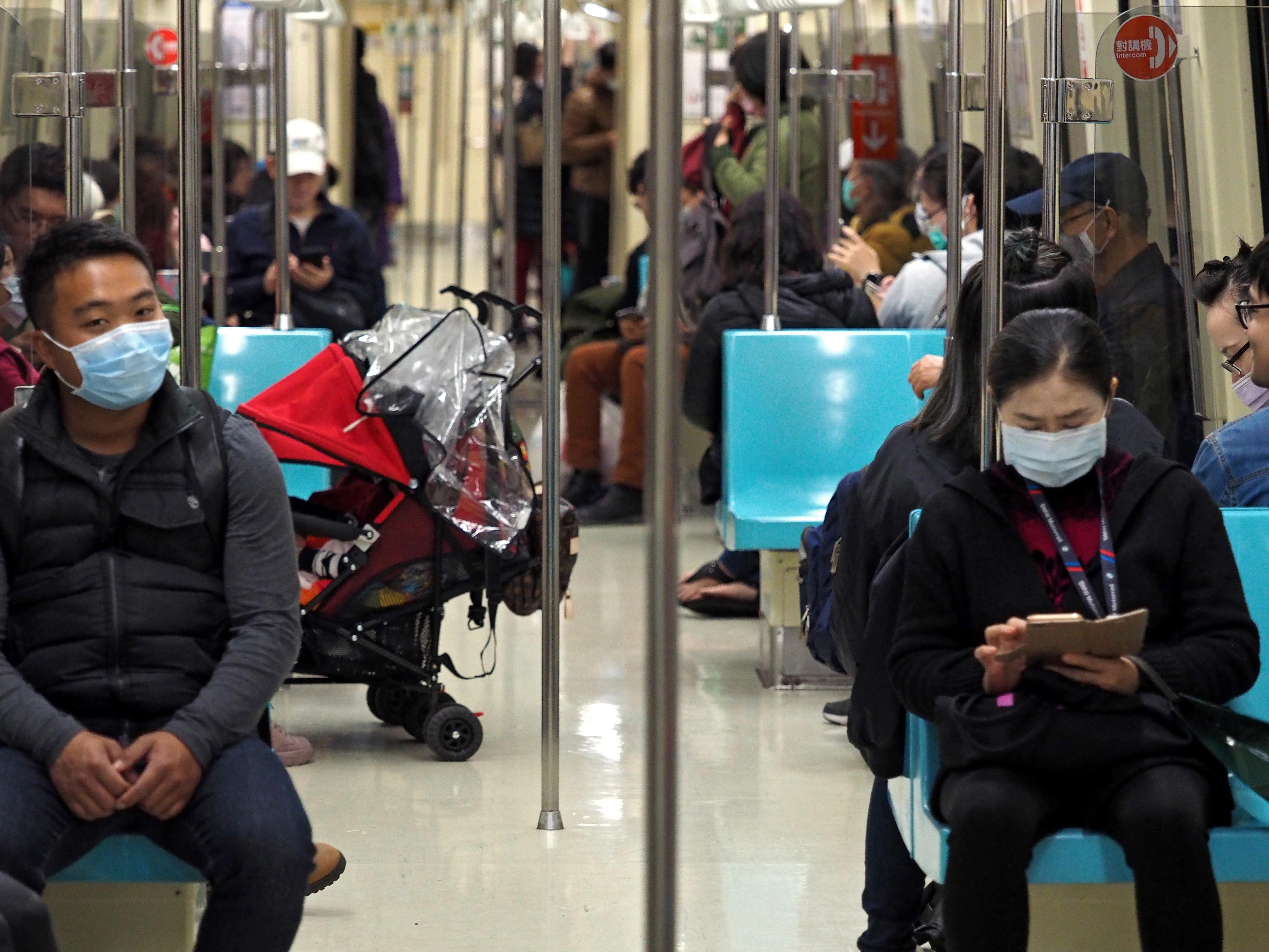 Coronavírus causa 1.129 novos casos e provoca 30 mortos desde sexta-feira - ECDC