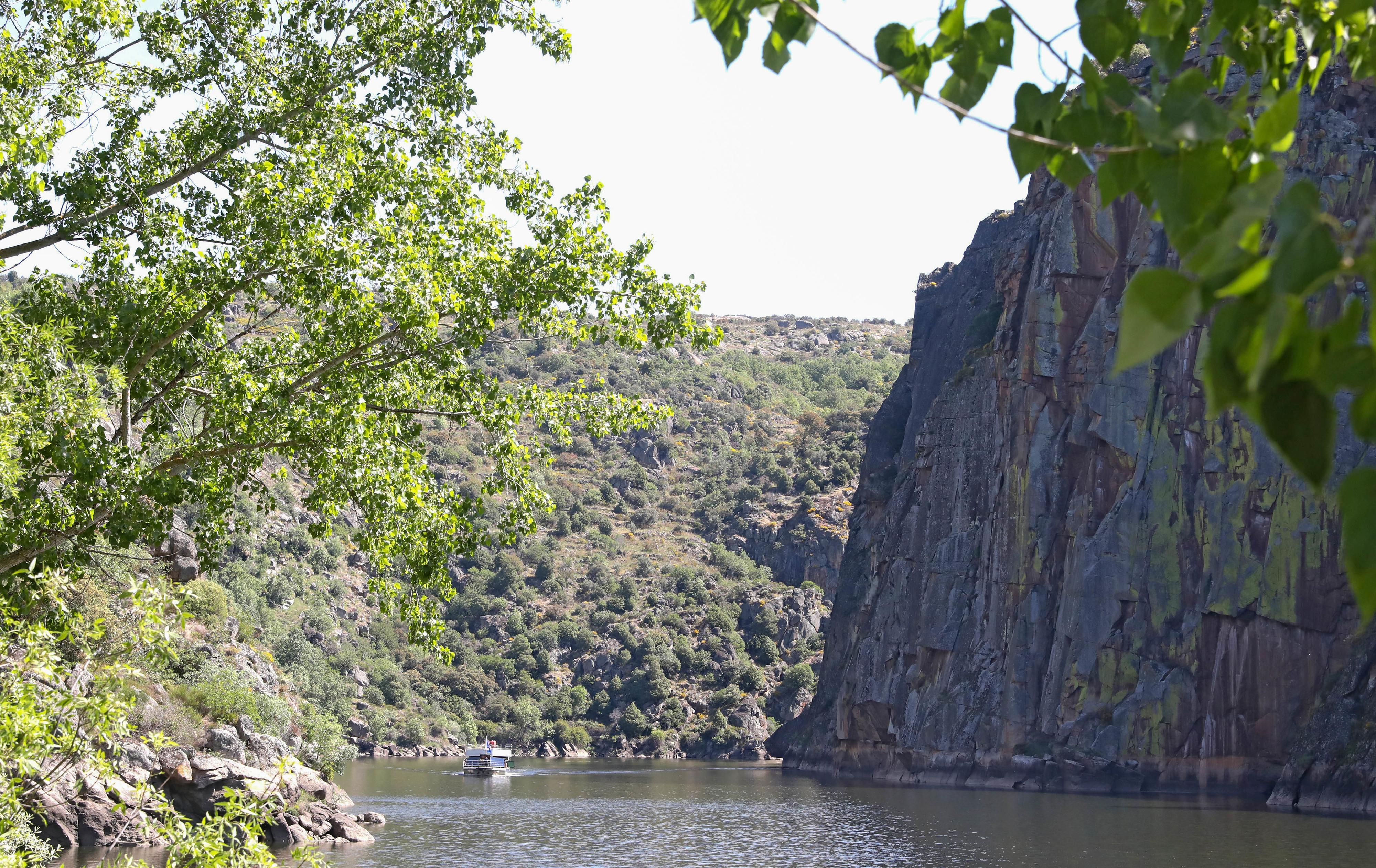 Prospeção mineira, despovoamento e alterações climáticas são ameaças ao Douro