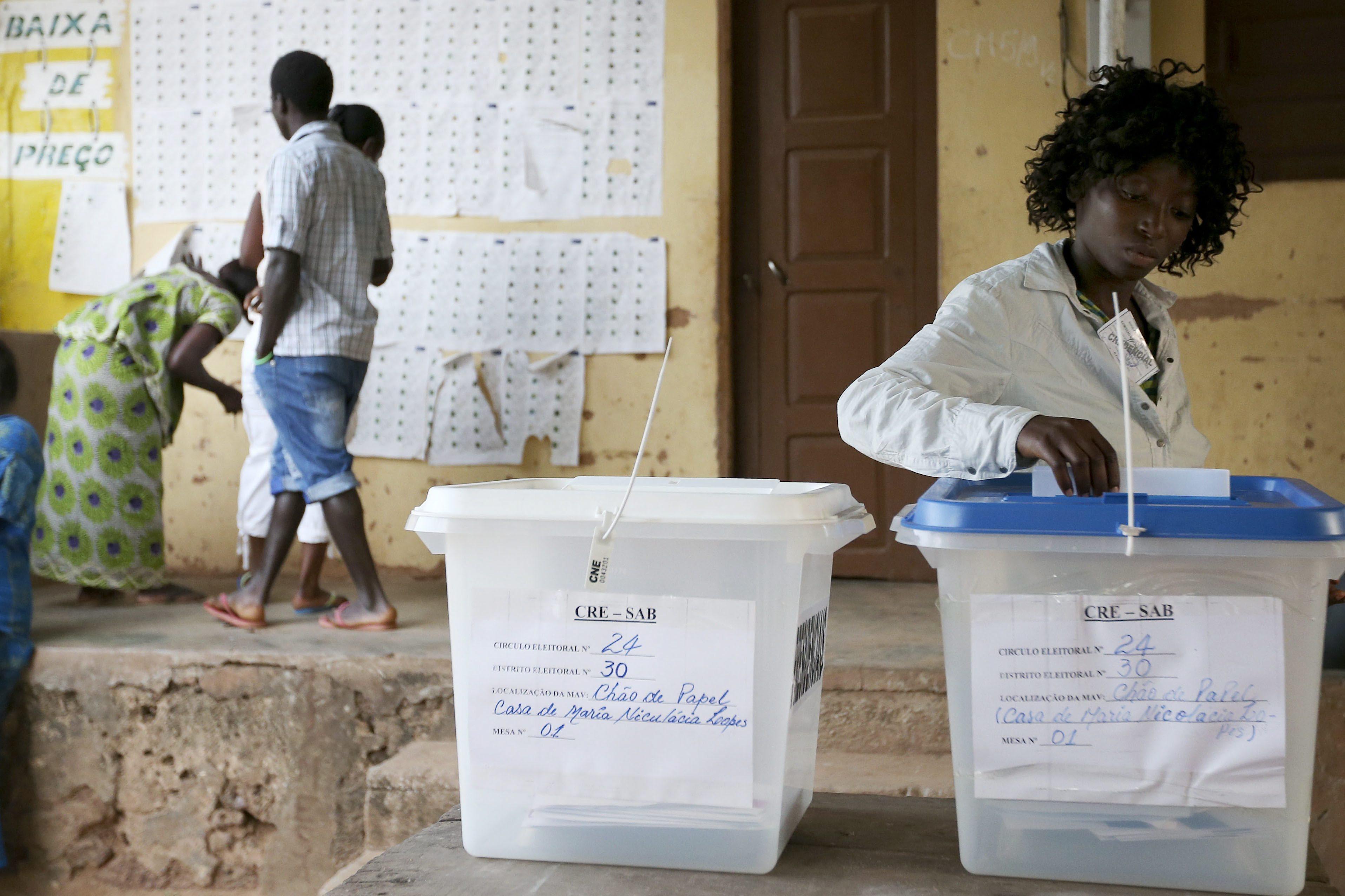 Ministra da Administração Territorial guineense diz que recenseamento se vai prolongar