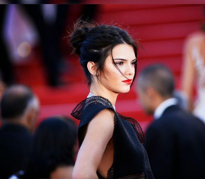 Kendall Jenner fotografa filha de Cindy Crawford