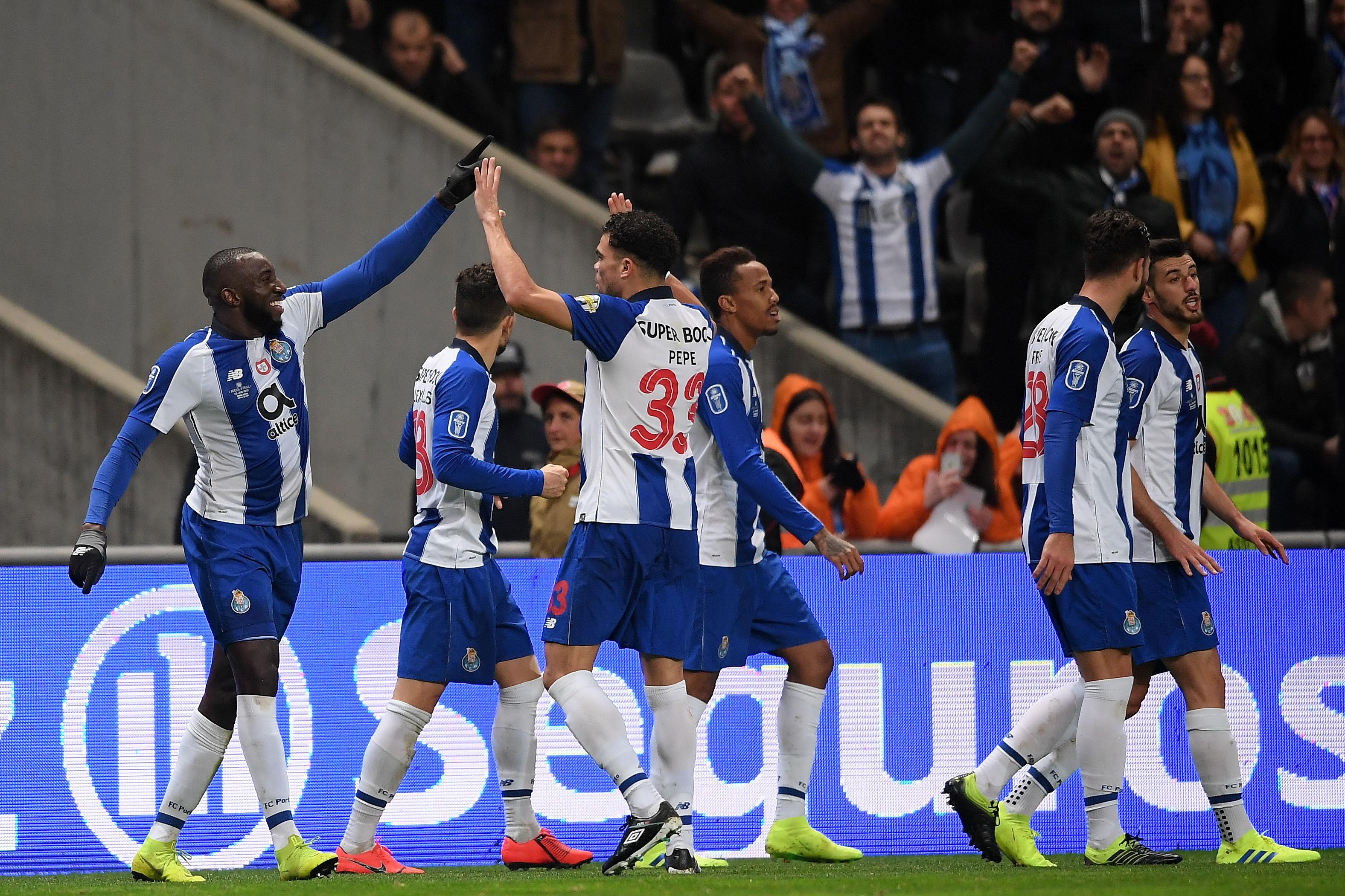 FC Porto vence Benfica e apura-se para final da Taça da Liga