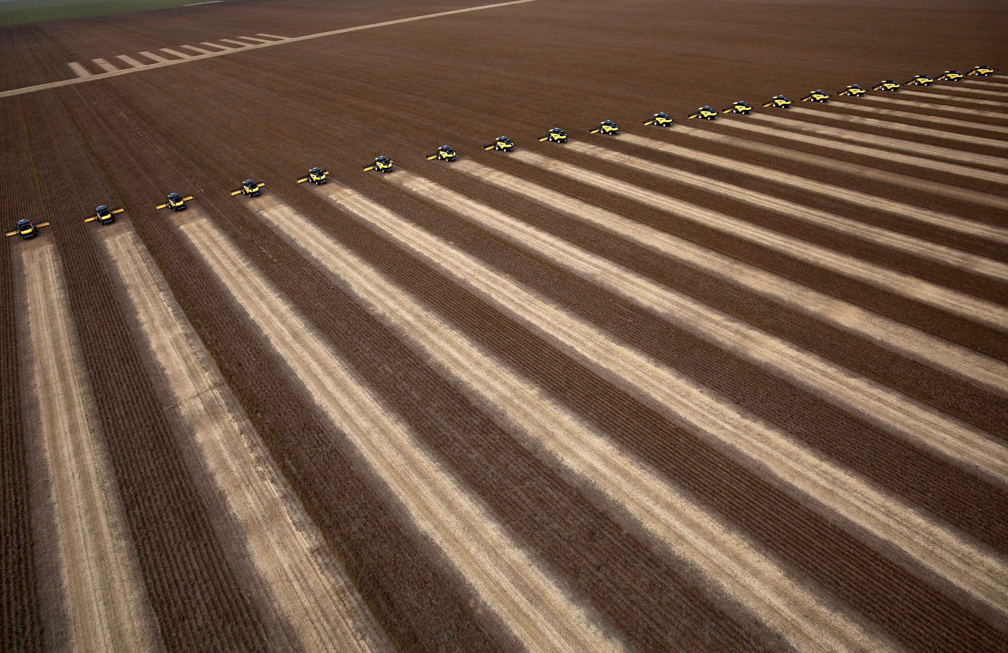 Brasil anuncia financiamento de 52,1 MME para agricultores na próxima safra