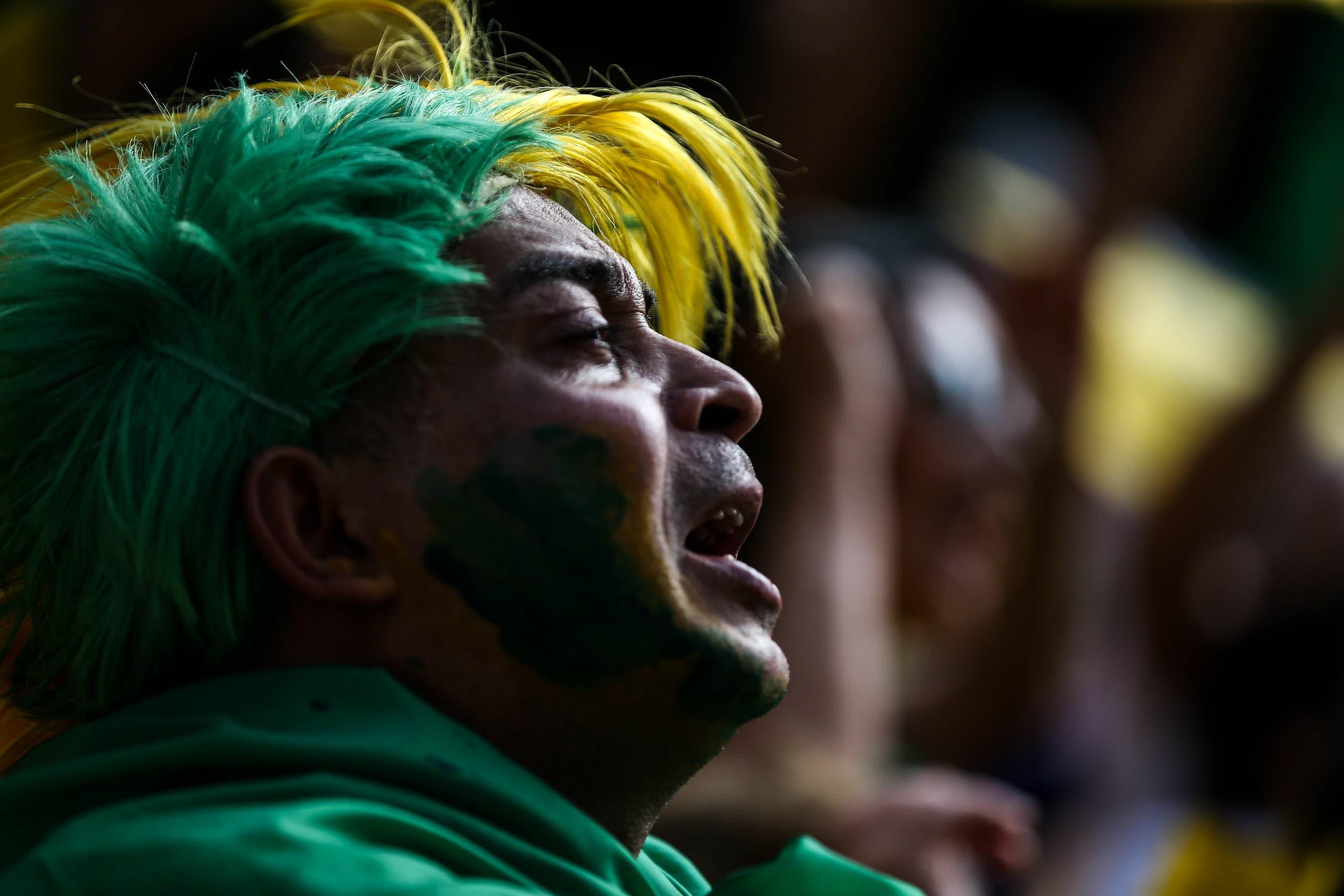 Deputados do Brasil aprovam mudanças nas leis laborais na véspera de uma greve geral