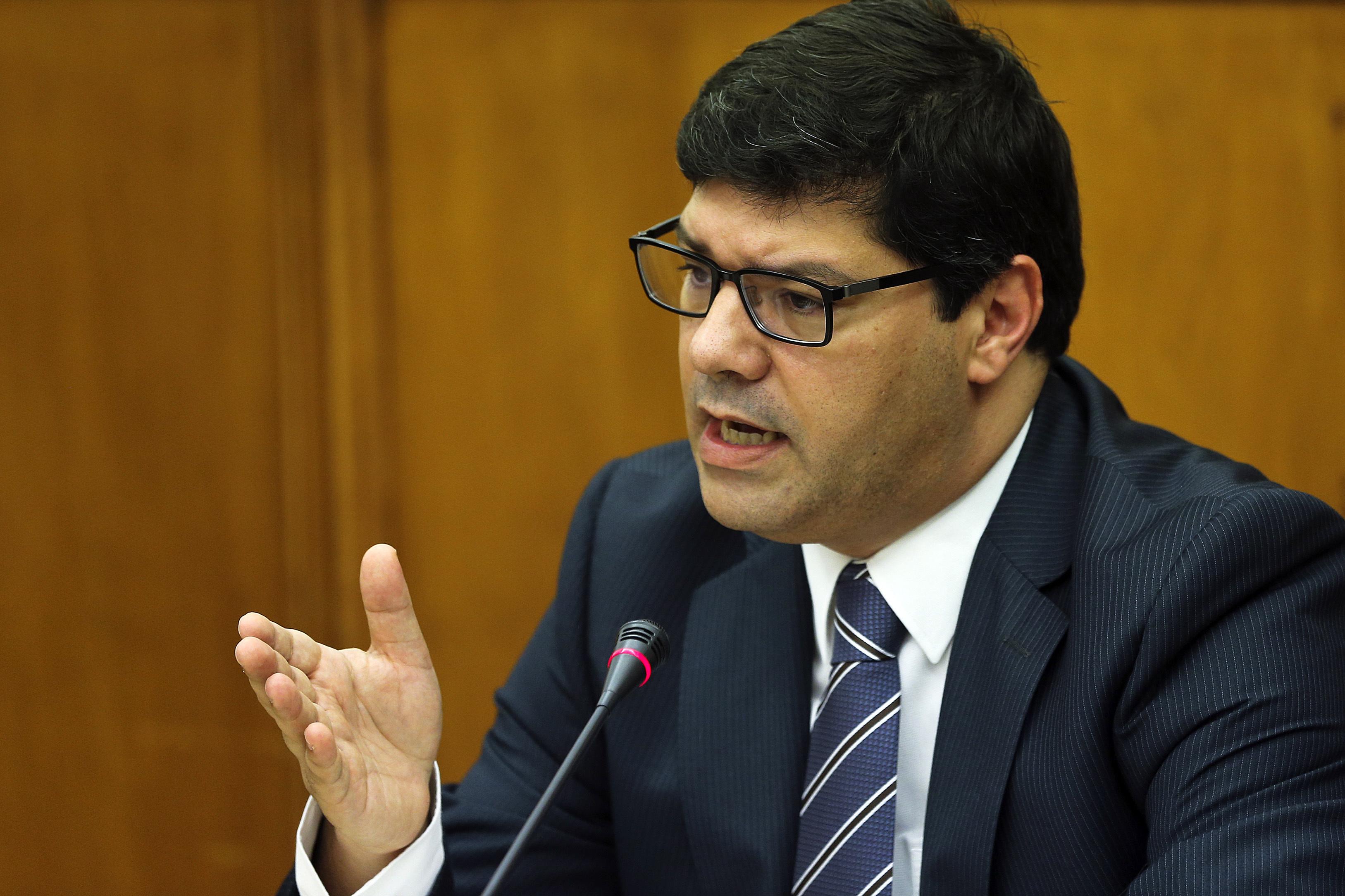 Responsabilidade de Núncio comprova negligência de executivo PSD/CDS -- PS