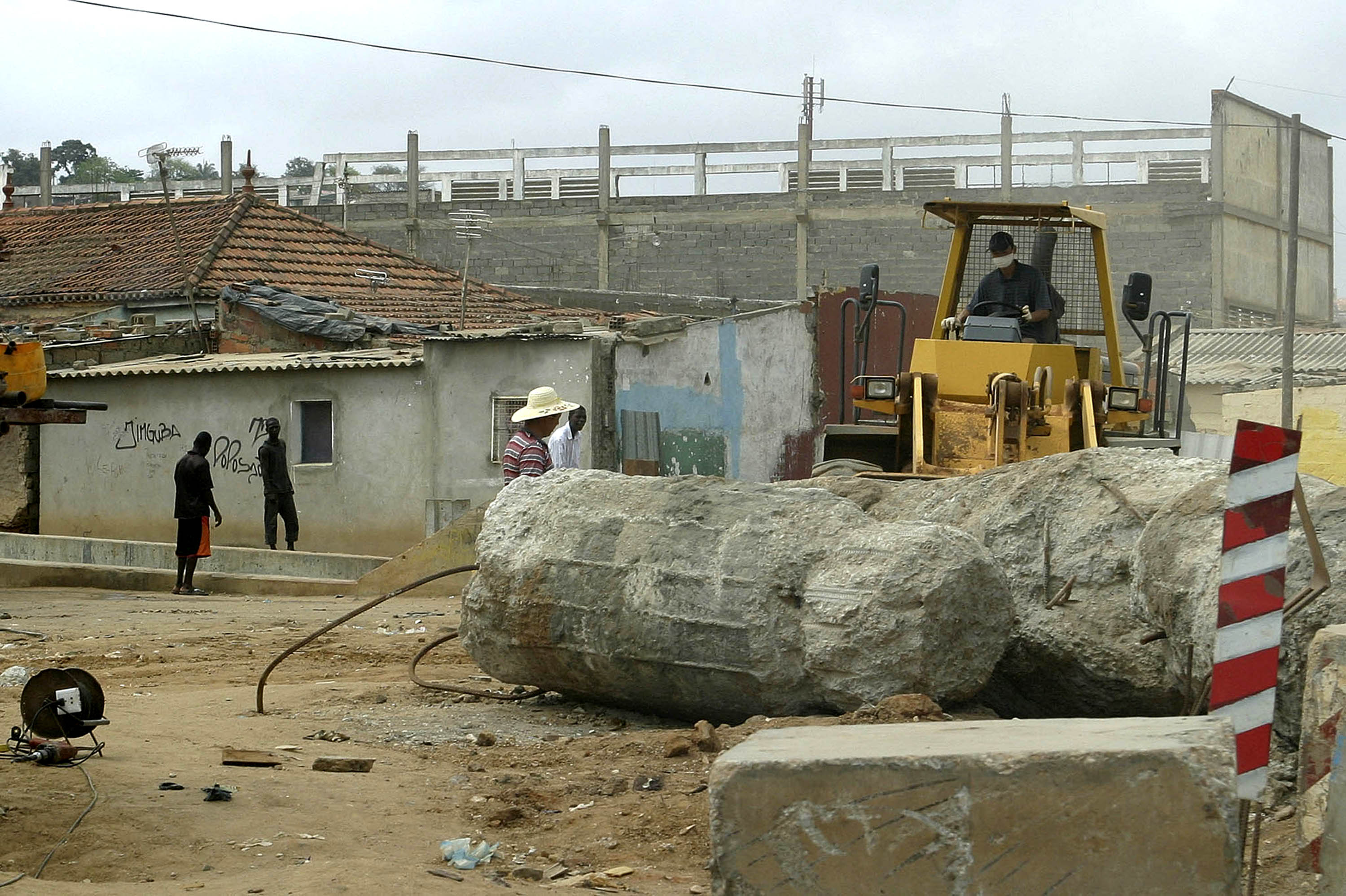 Construtora angolana contratada para terminar reabilitação de estrada por 26,7 MEuro