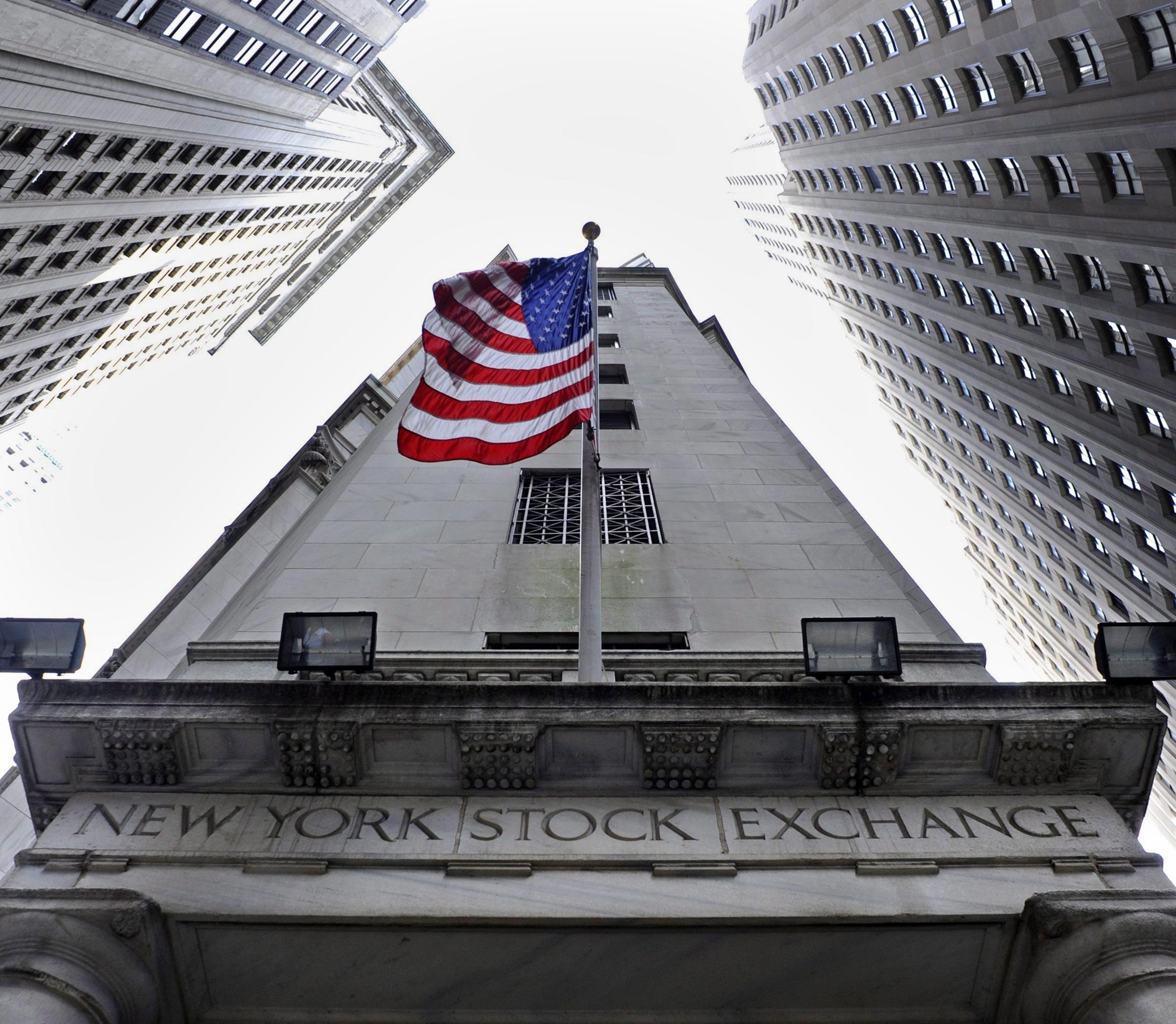Wall Street fecha com os seus índices mais emblemáticos em níveis recorde