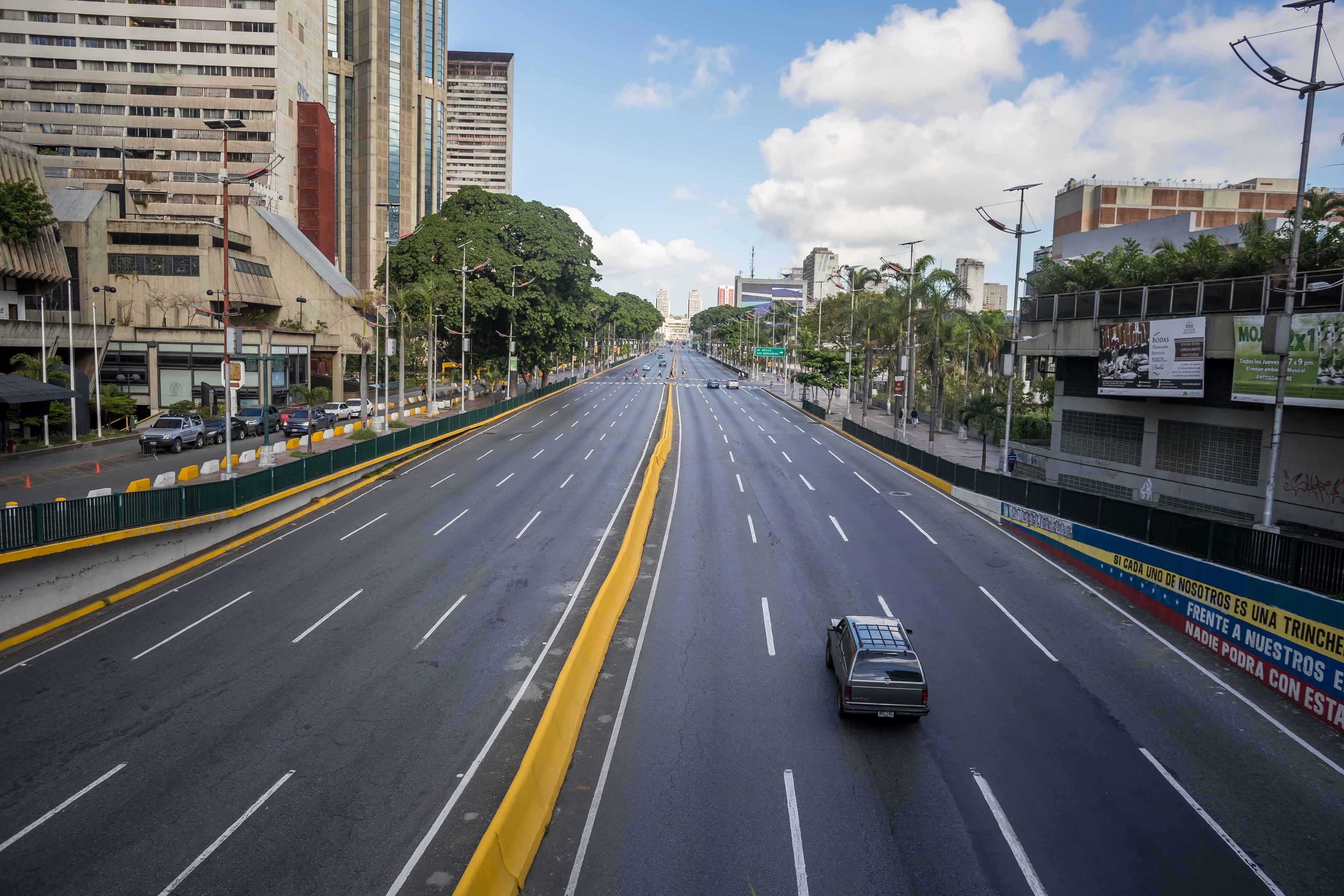 Greve geral esvazia ruas de Caracas