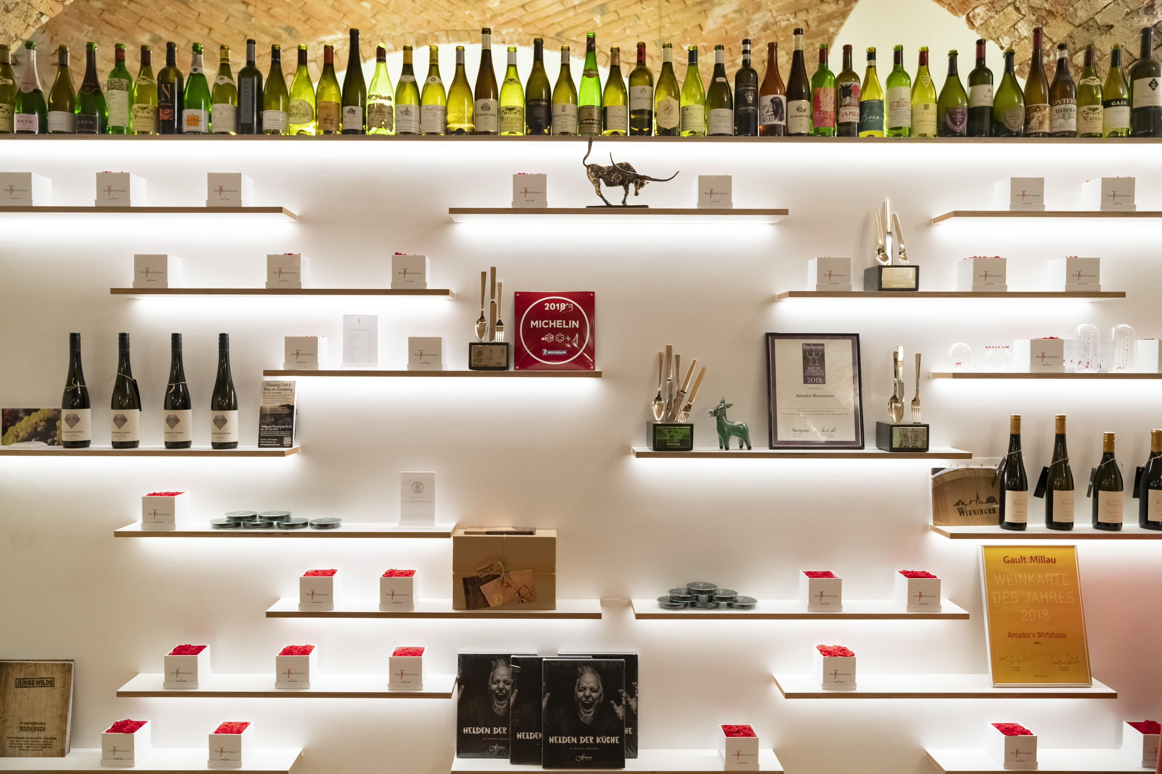 Guia Michelin atribui duas estrelas a um restaurante português e uma a quatro estabelecimentos