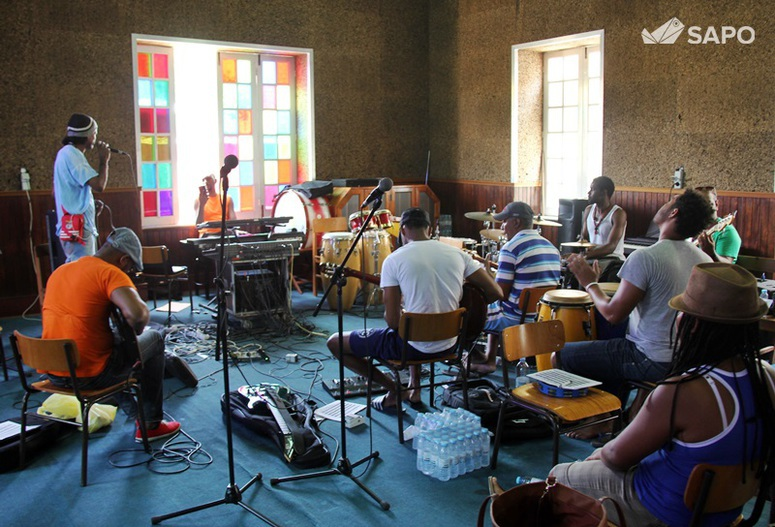 Lisbon Street Band
