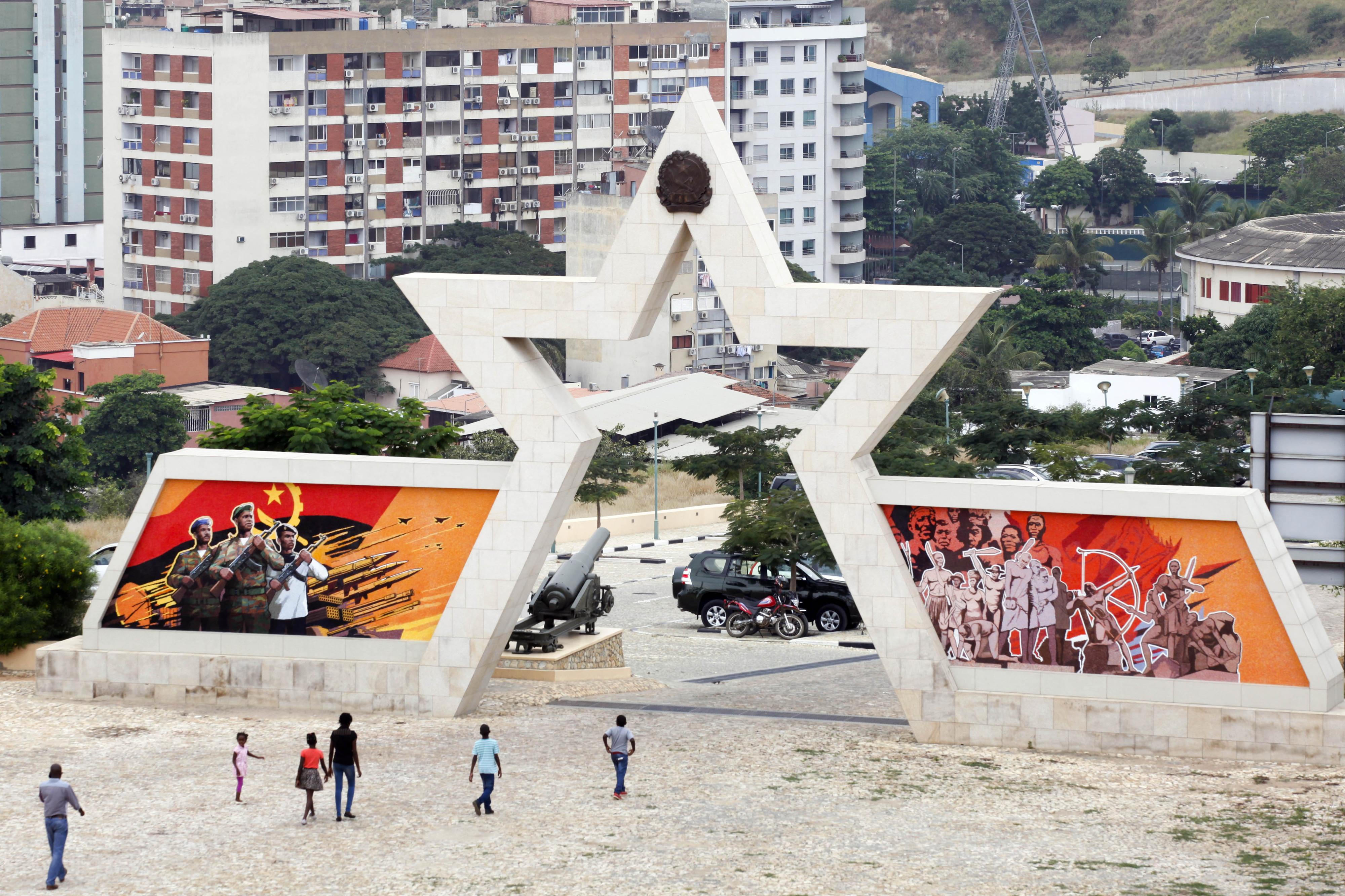 Autor de fotos sobre condições precárias em prisão morto a tiro em Luanda