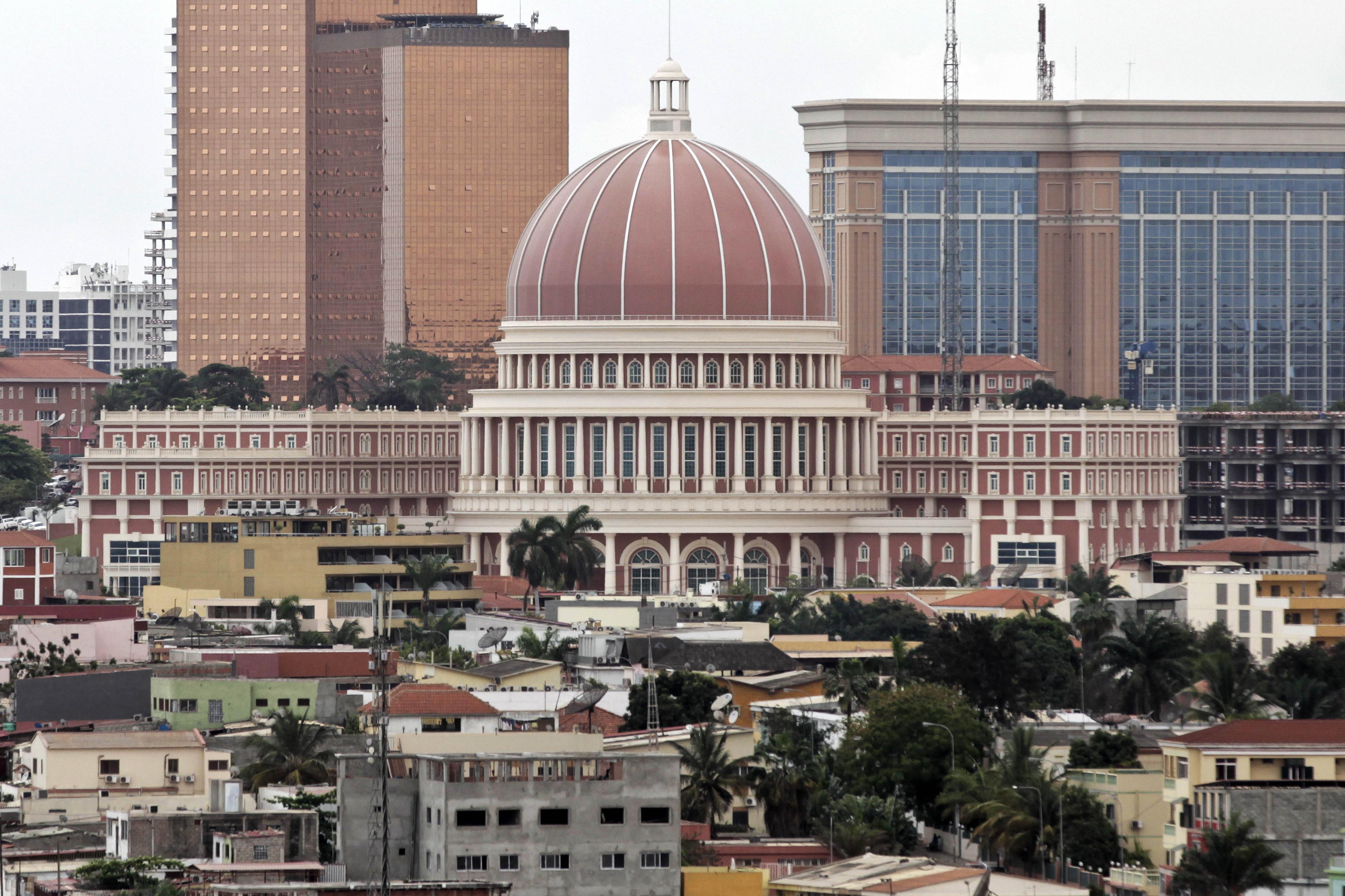 Votação do novo Código Penal angolano novamente adiada