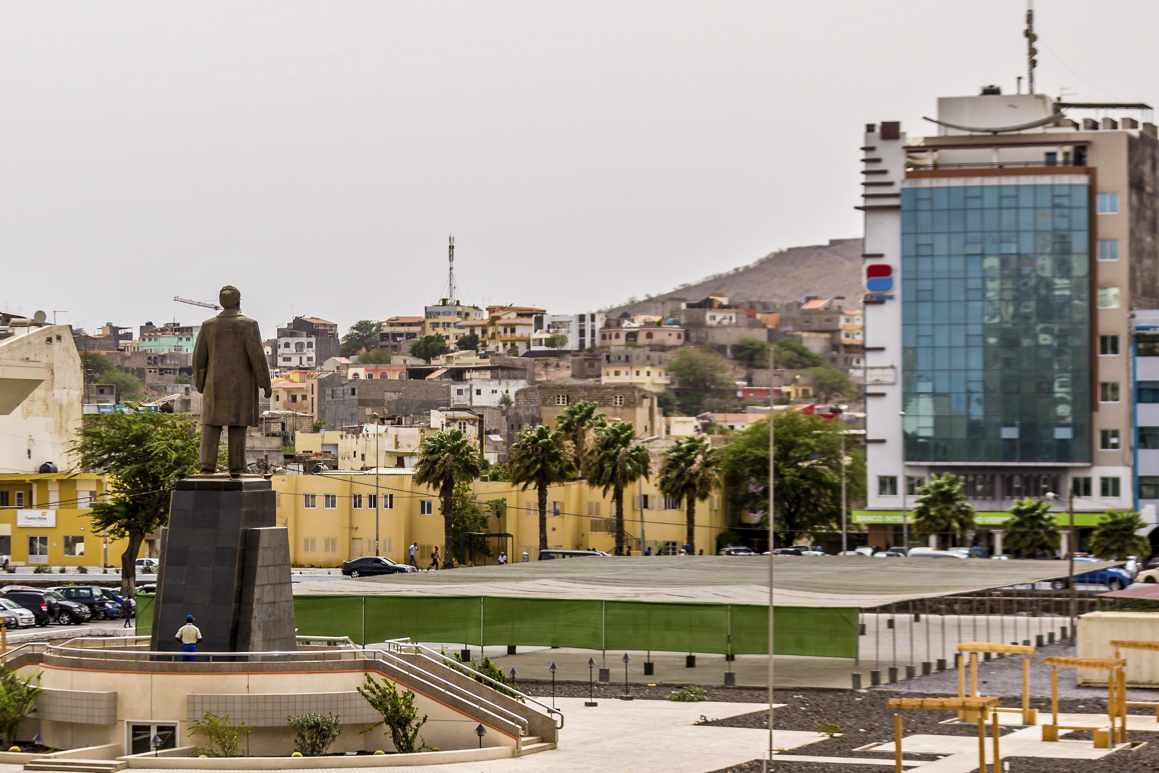 Impostos rendem mais de 435 MEuro em Cabo Verde em 2020 com IVA a disparar 15%