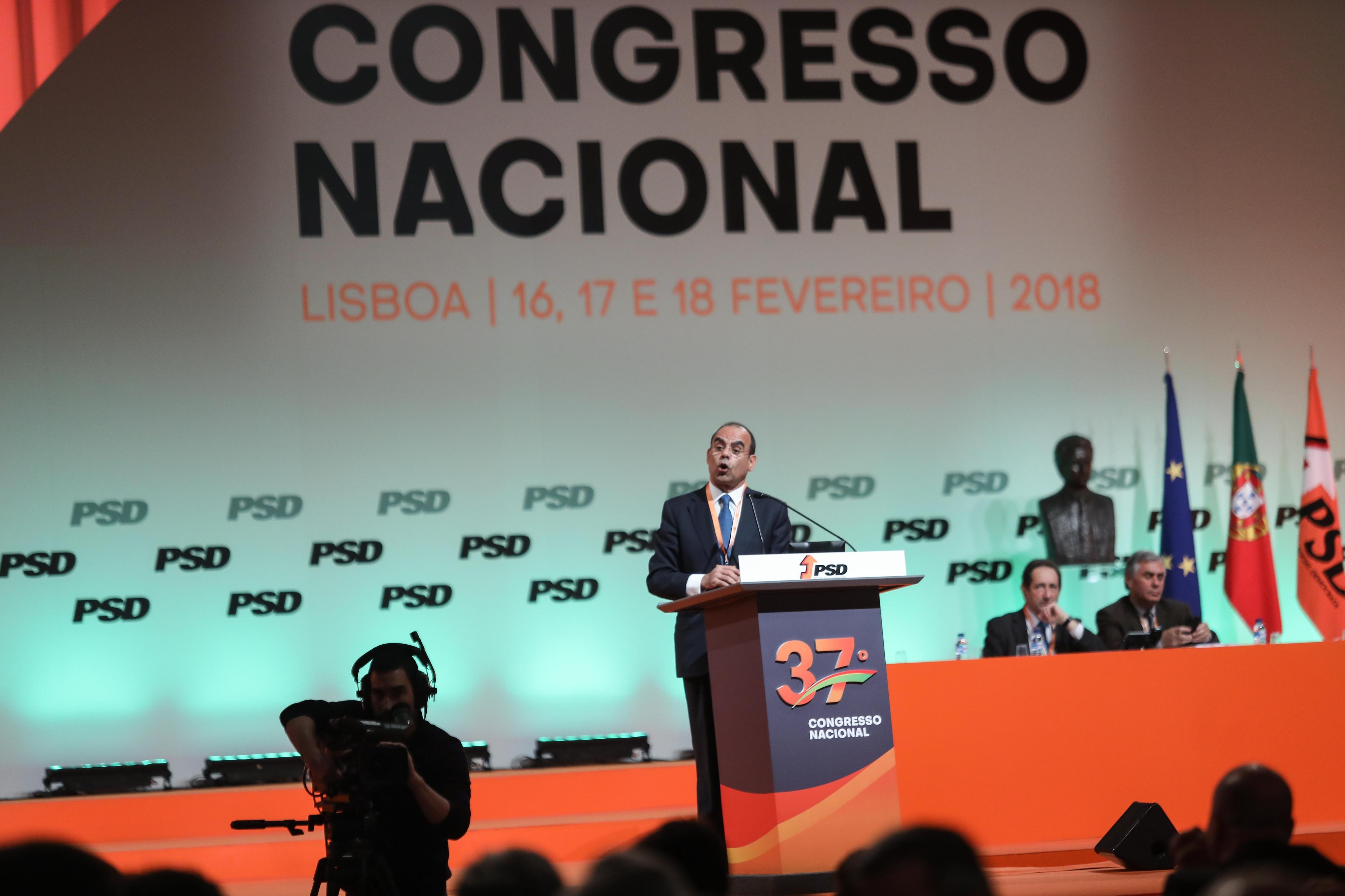 """Morais Sarmento defende combate ao Governo da """"frente de esquerda"""""""