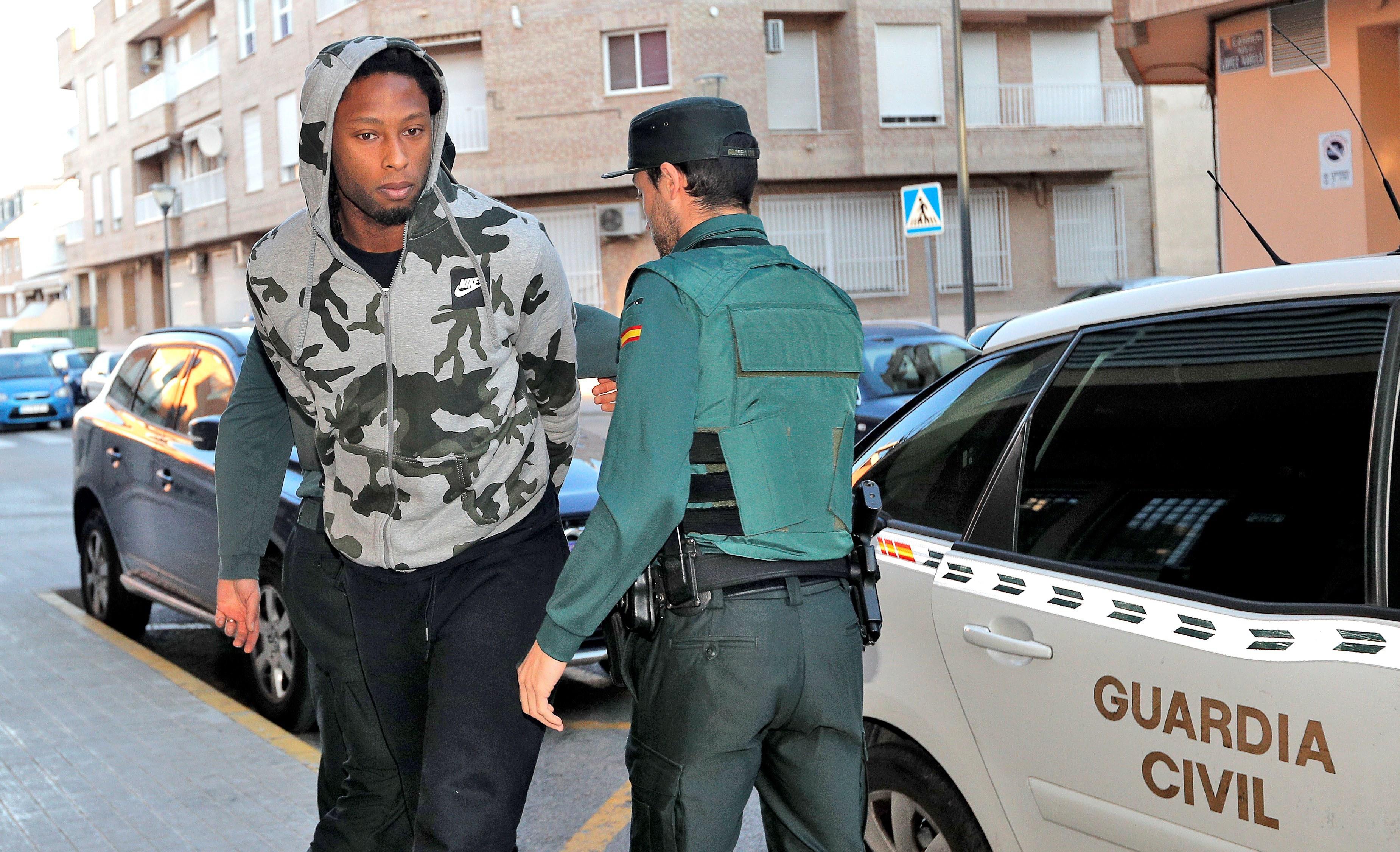 Villarreal suspende contrato de trabalho e salário de Ruben Semedo