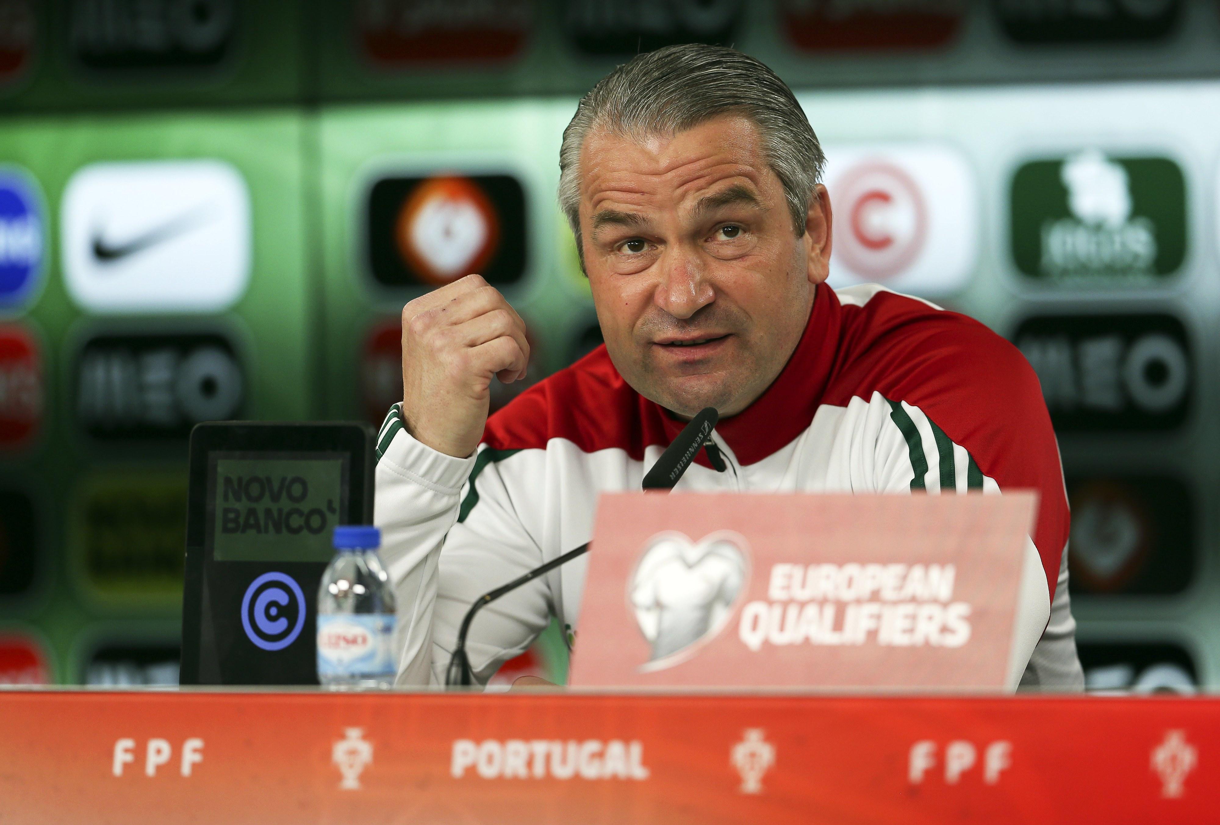"""Bernd Storck atira """"pressão"""" para Portugal e diz que Hungria não tem """"nada a perder"""""""