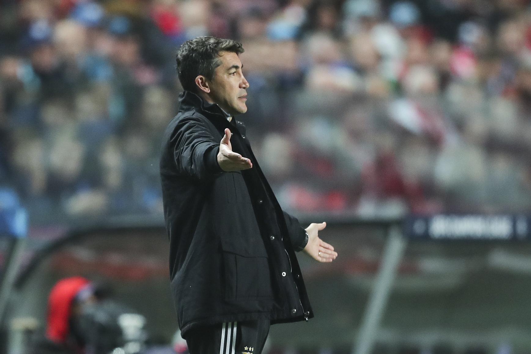 Benfica recebe 'sensação' Famalicão em jornada que fecha o ano da I Liga