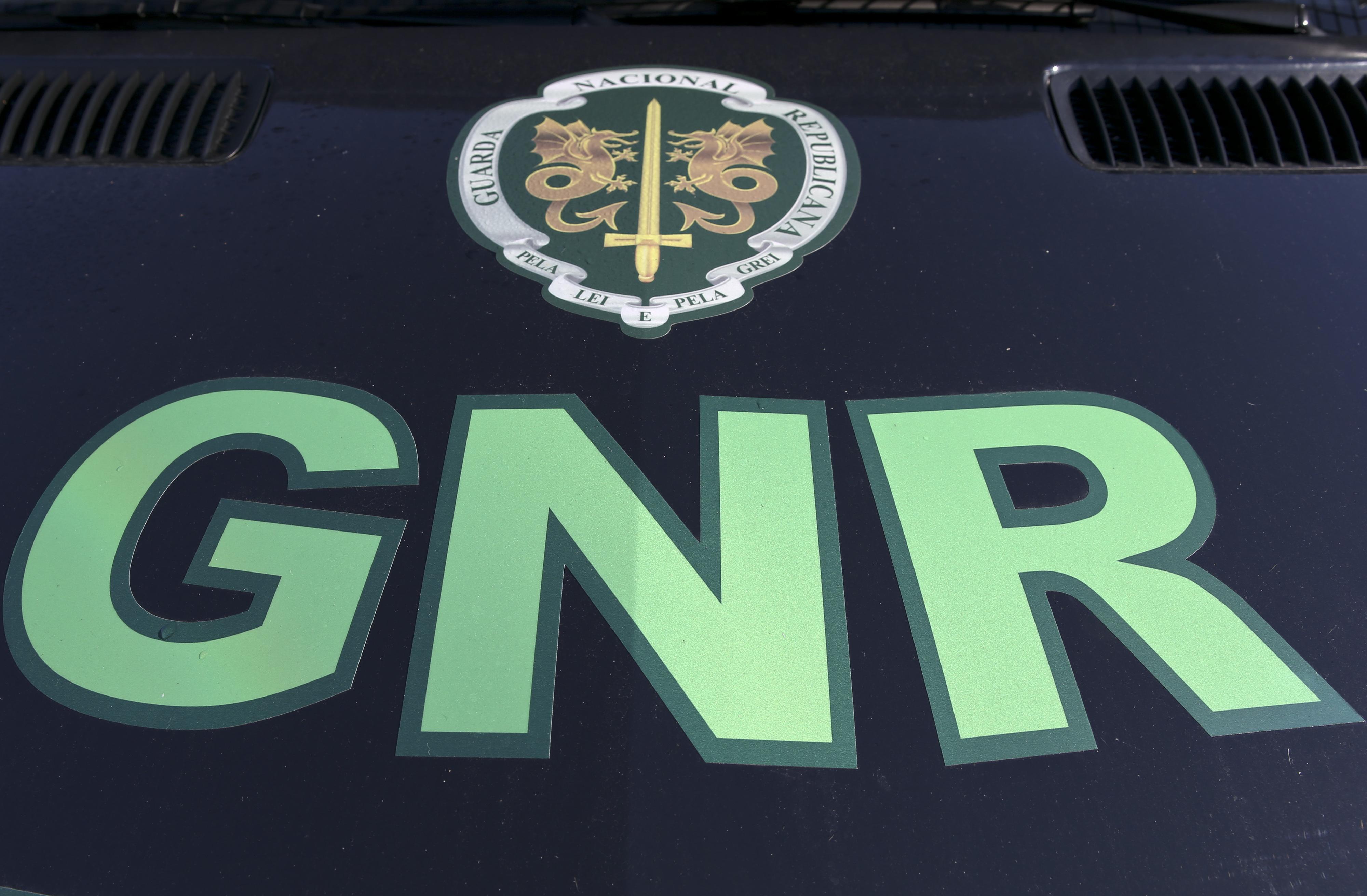 GNR de Aveiro deteve alegado cabecilha de grupo de furto de máquinas de tabaco