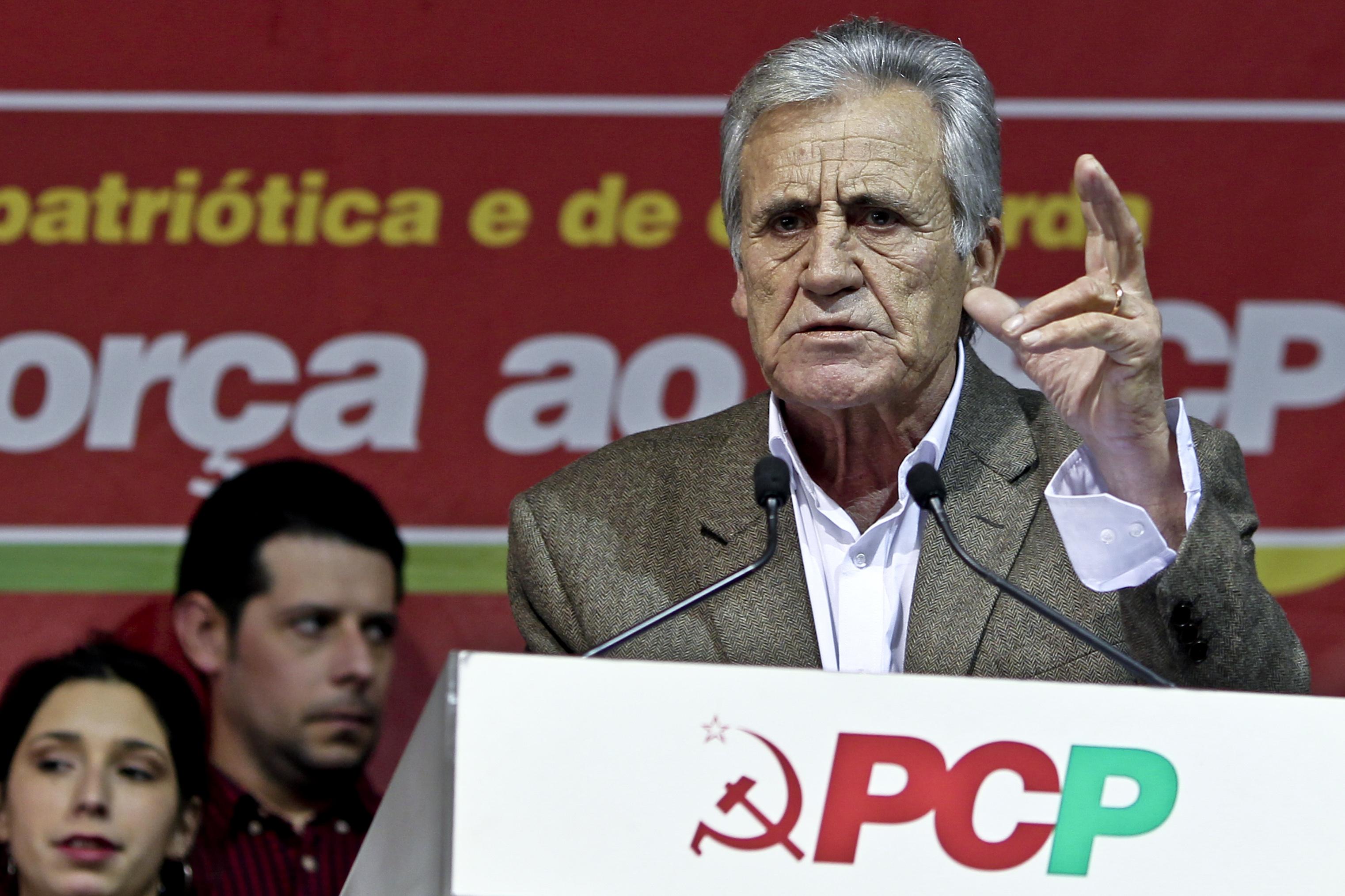 """Jerónimo de Sousa quer fim dos """"estrangulamentos"""" provocados pelo euro e pela dívida"""