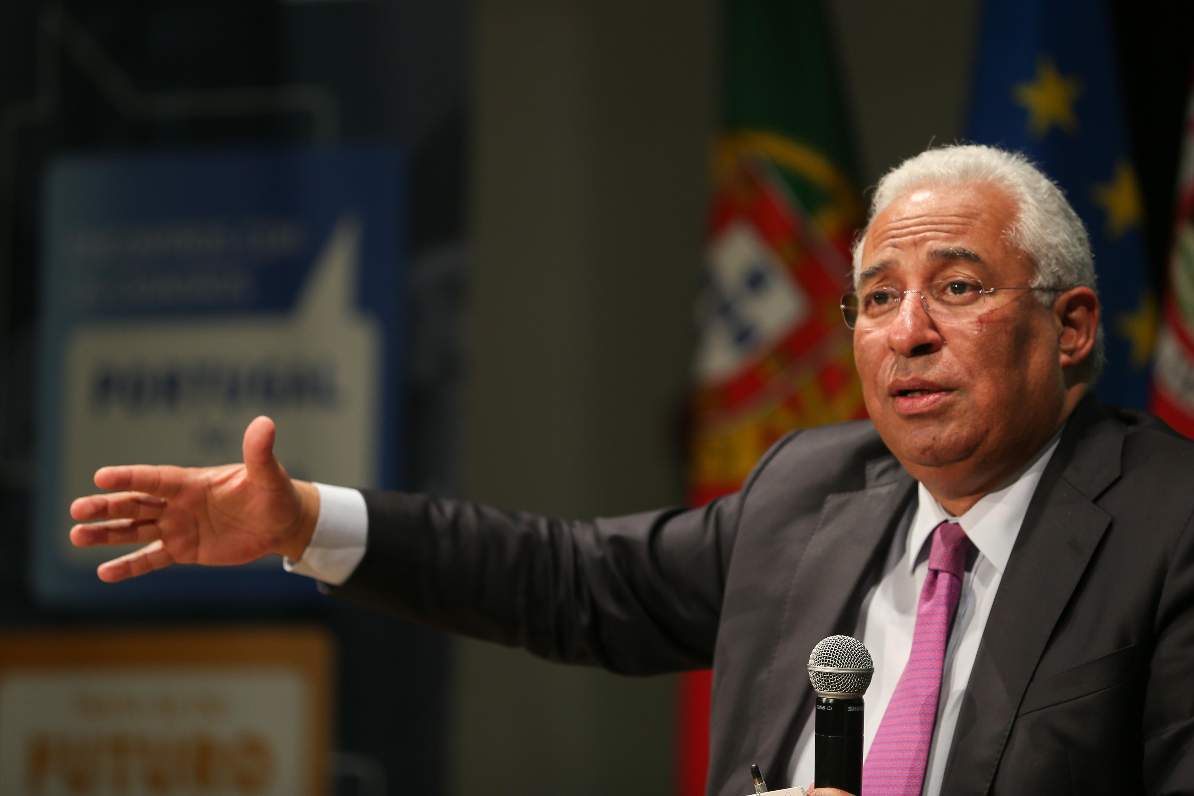 """Costa destaca """"excelente notícia"""" da subida de 'rating' de Portugal pela DBRS"""
