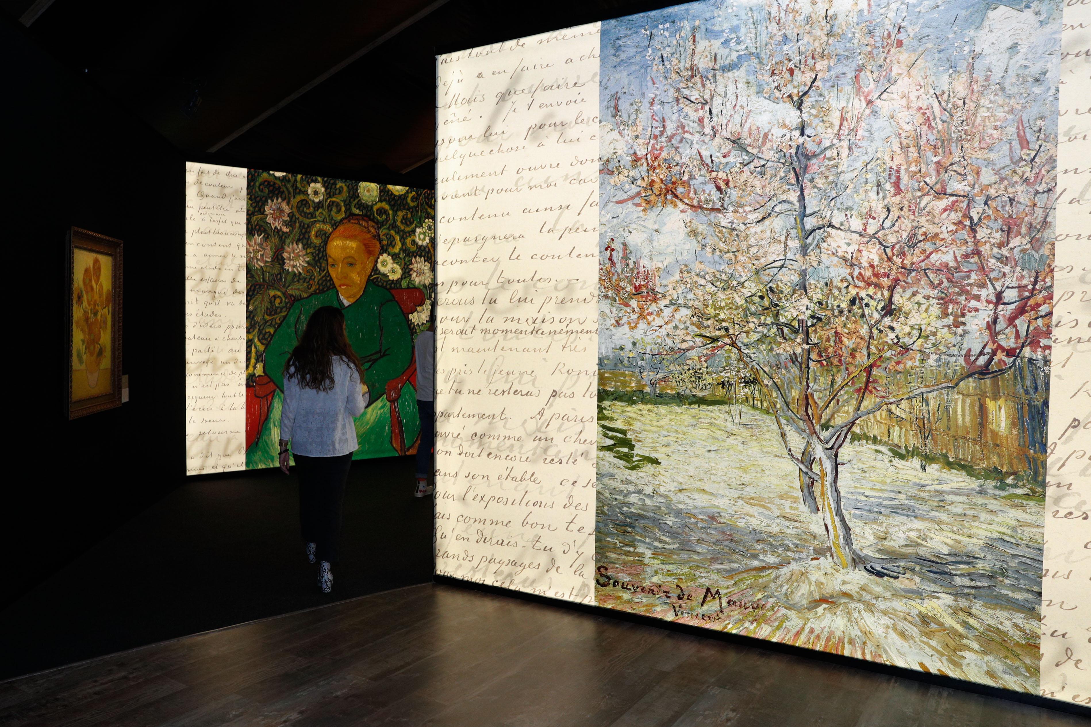 A vida e a obra de Vincent van Gogh cabem numa tenda em Lisboa