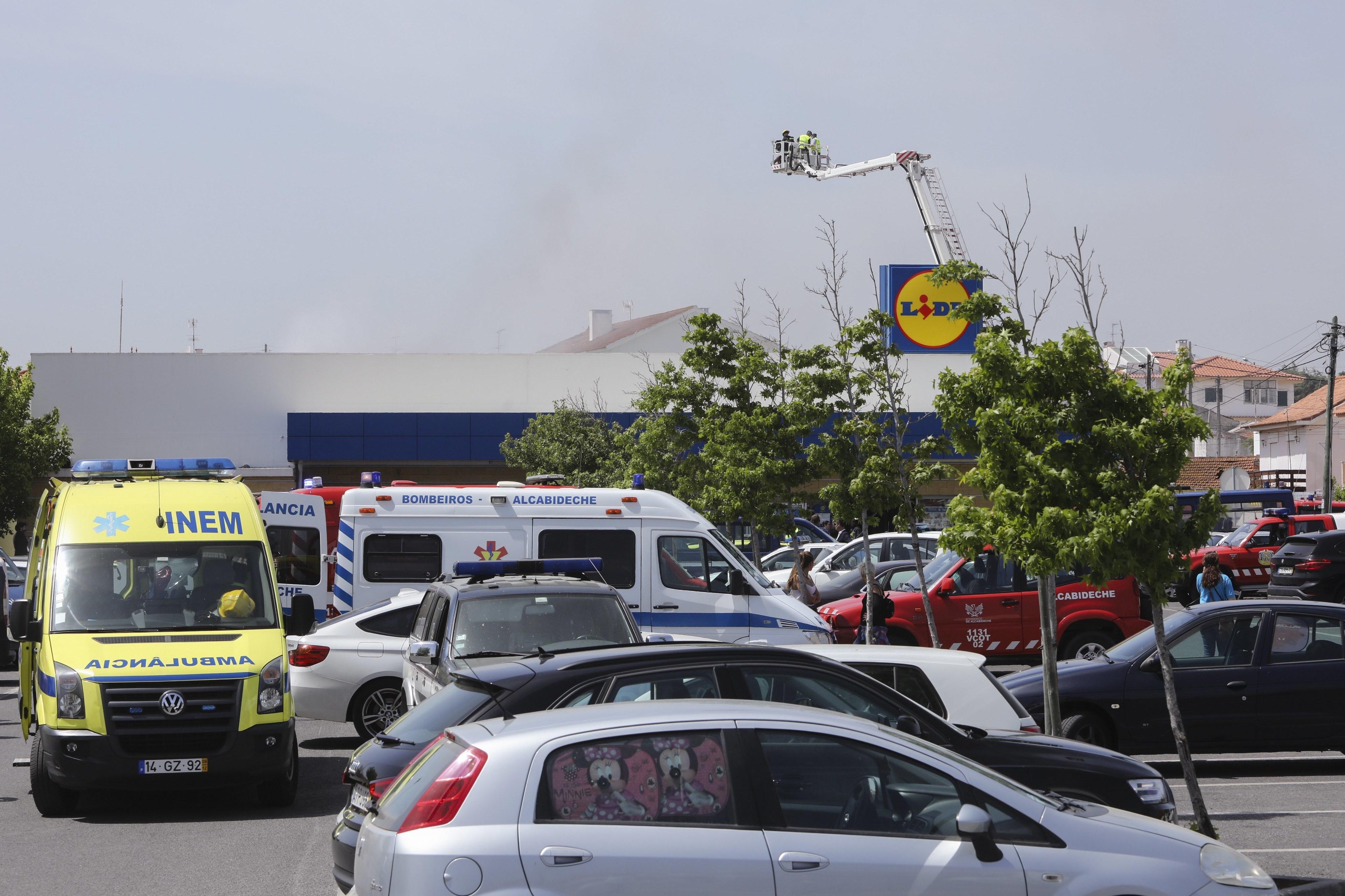 Queda de avião em Tires com 5 mortos deveu-se a falha do piloto após problema no motor