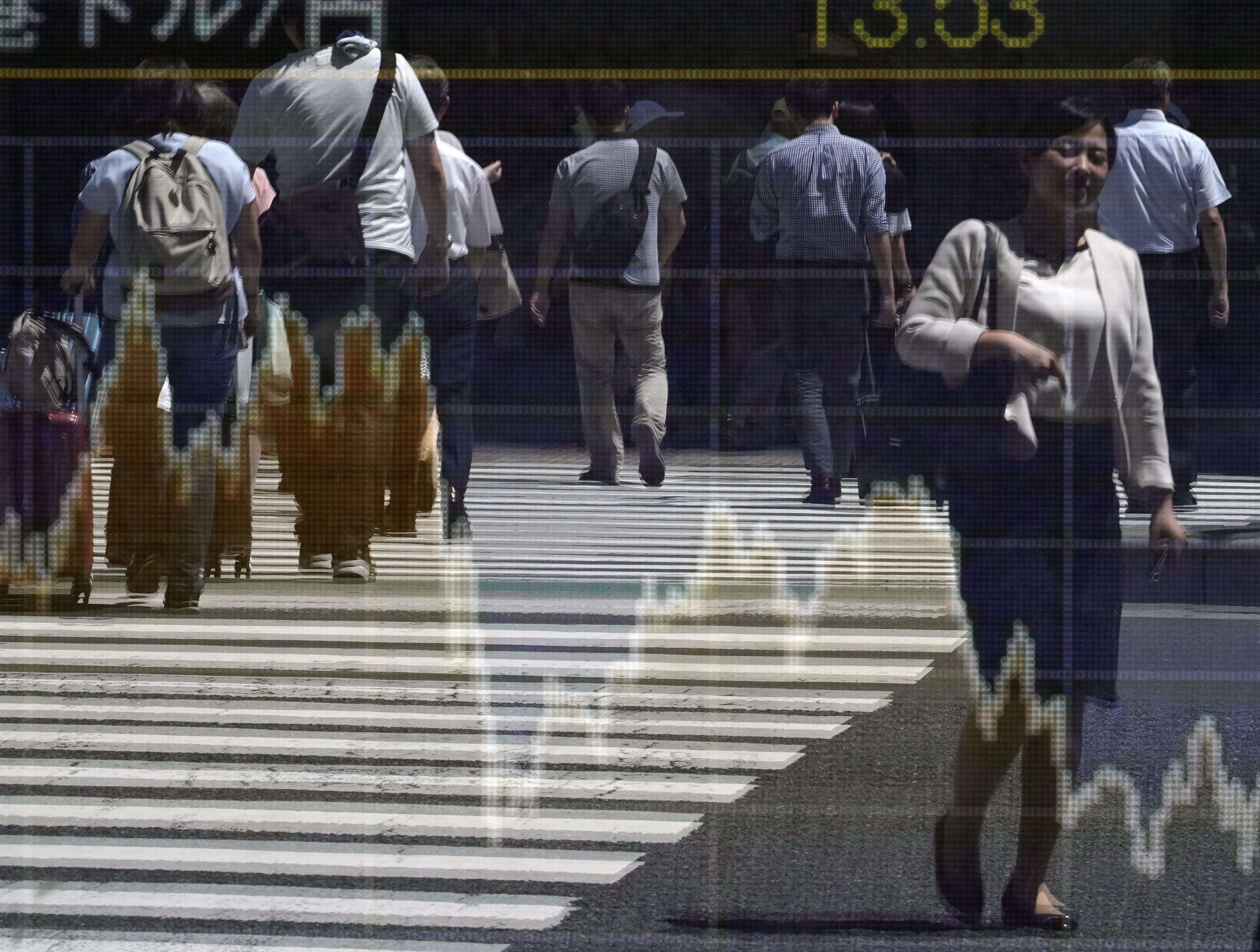 Bolsa de Tóquio abre praticamente sem movimentações