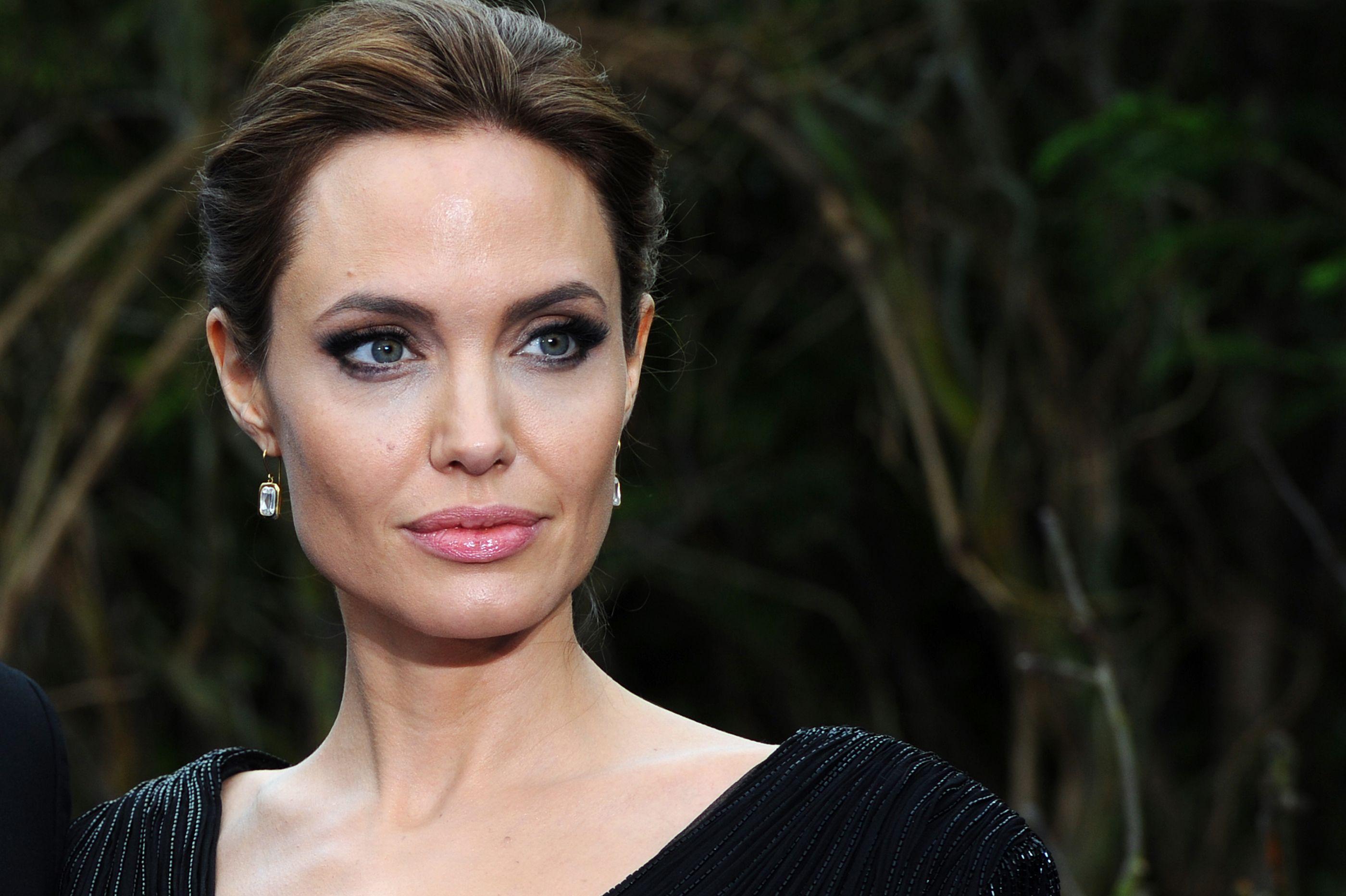 Angelina Jolie abraça novo desafio profissional. E não é no cinema