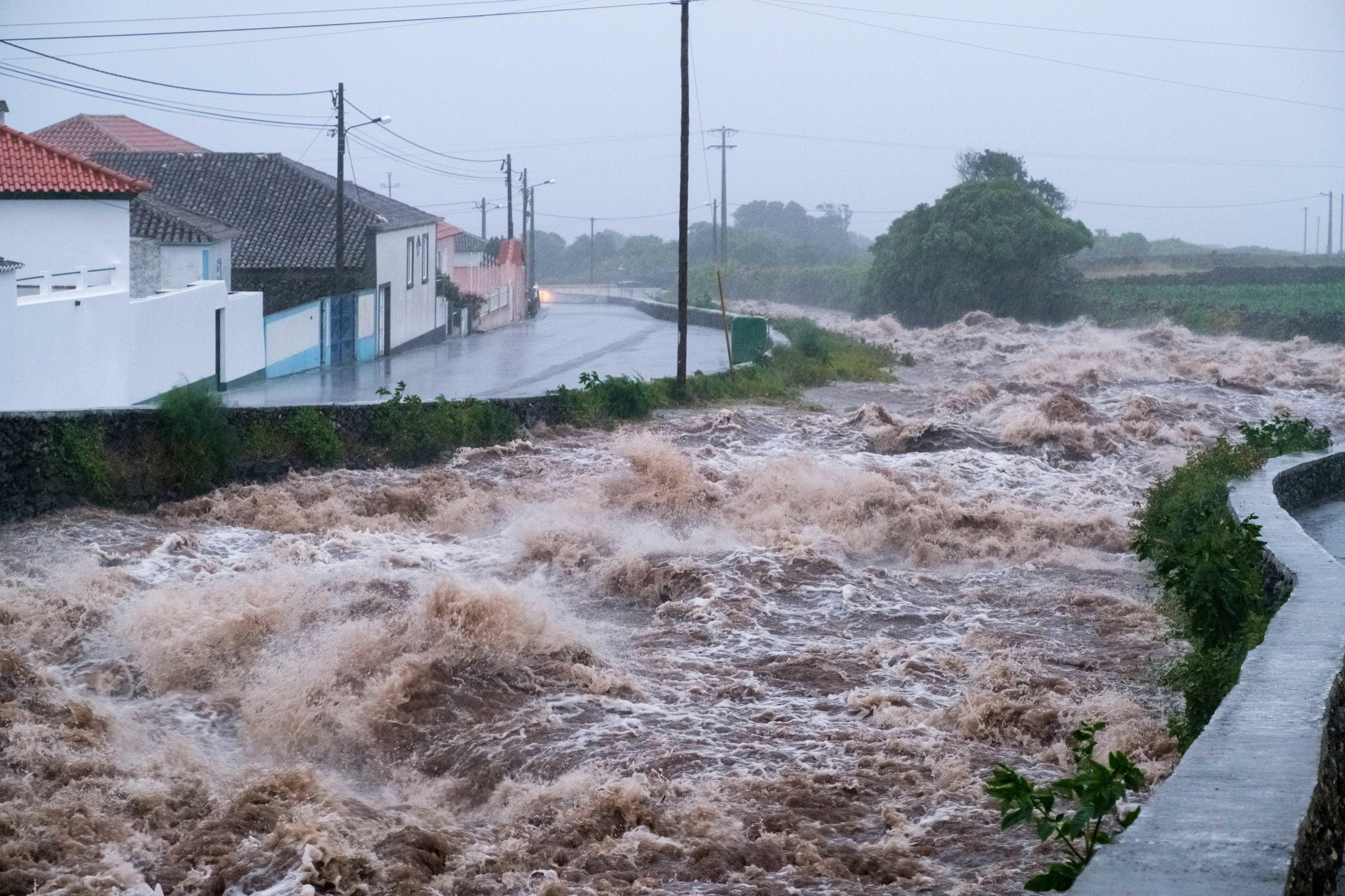 Prejuízos de meio milhão de euros em caminhos agrícolas na ilha Terceira