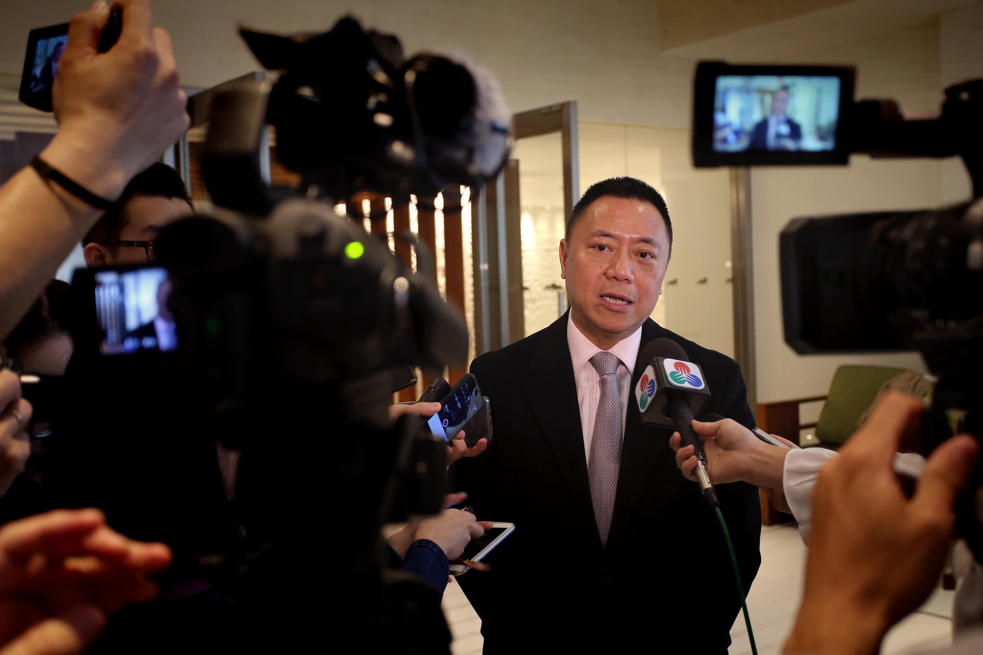 """Governo de Macau admite que a curto prazo crescimento possa ser afetado """"por turbulências"""""""