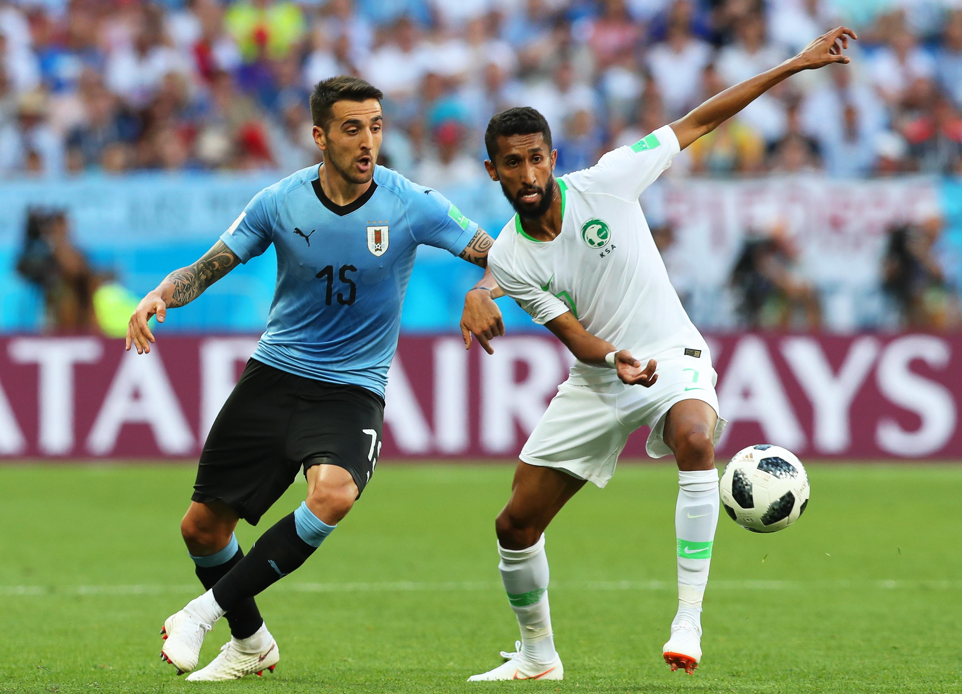 Uruguai vence Arábia Saudita e apura-se para os 'oitavos' com a Rússia