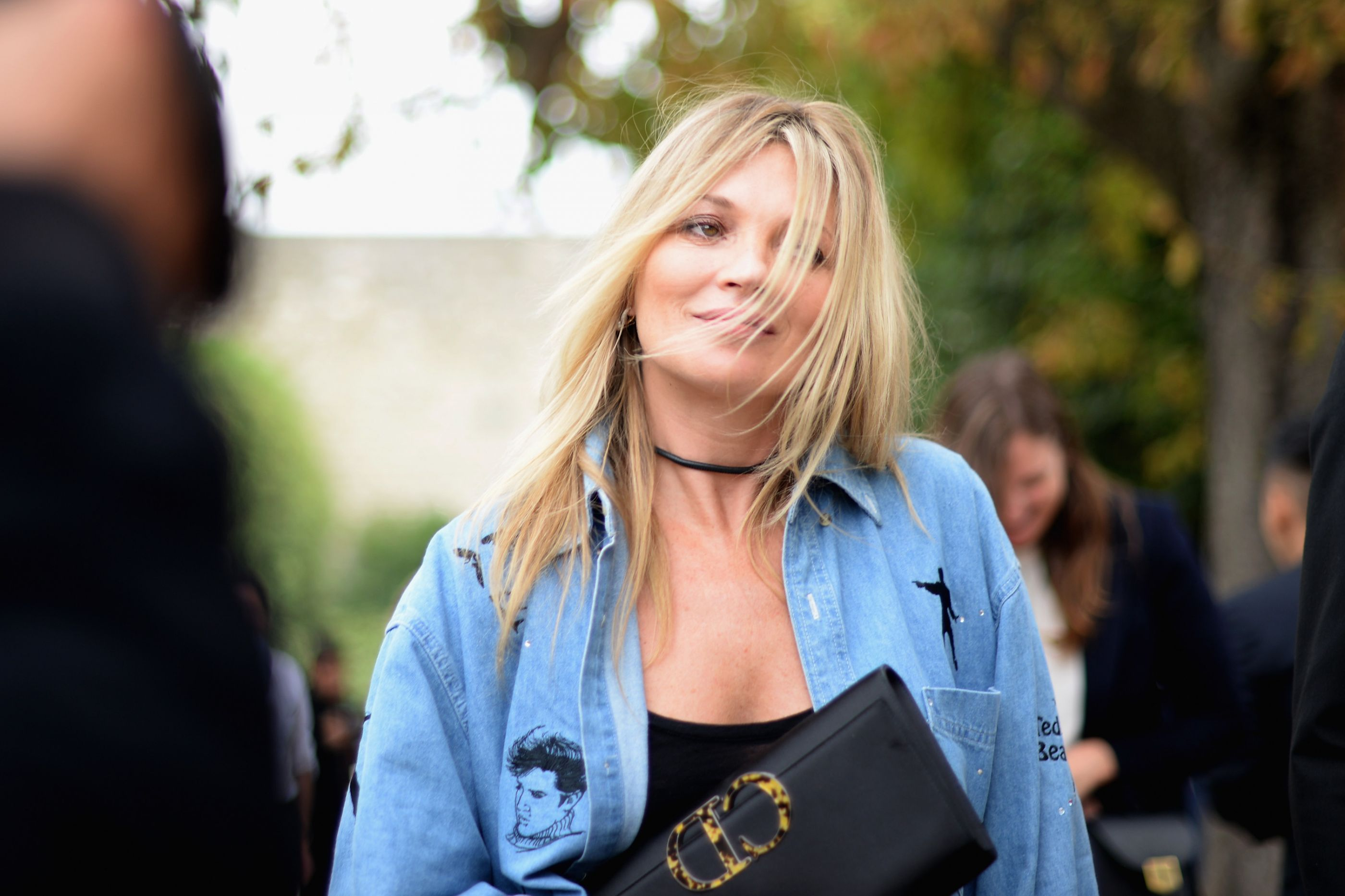 Farta da vida boémia de namorado, Kate Moss termina namoro