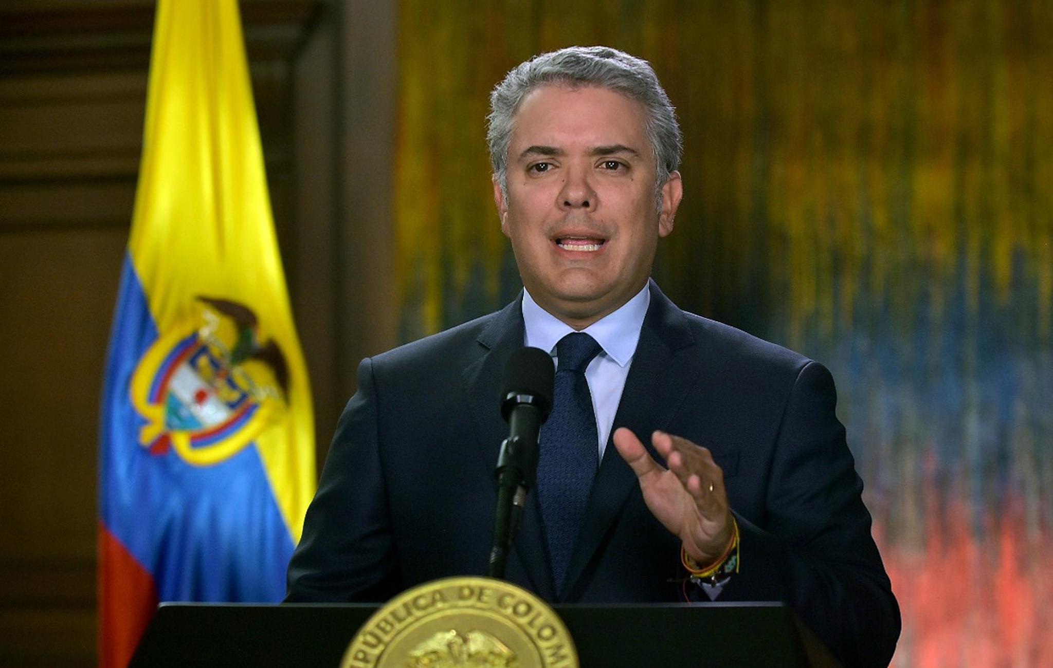 Presidente da Colômbia põe fim ao diálogo de paz com rebeldes do ELN