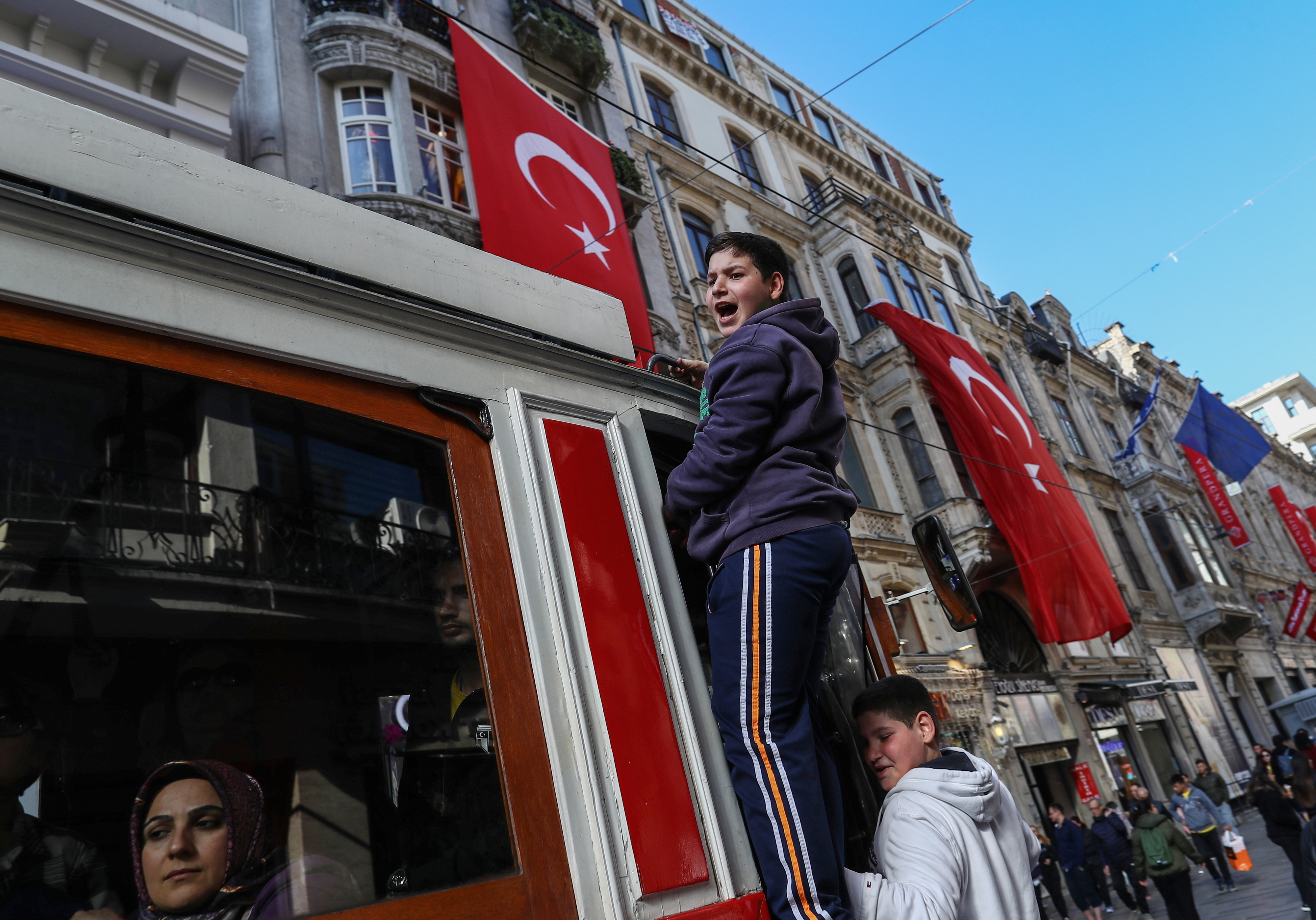 Democracia vai chegar à Turquia - realizador curdo Zirek