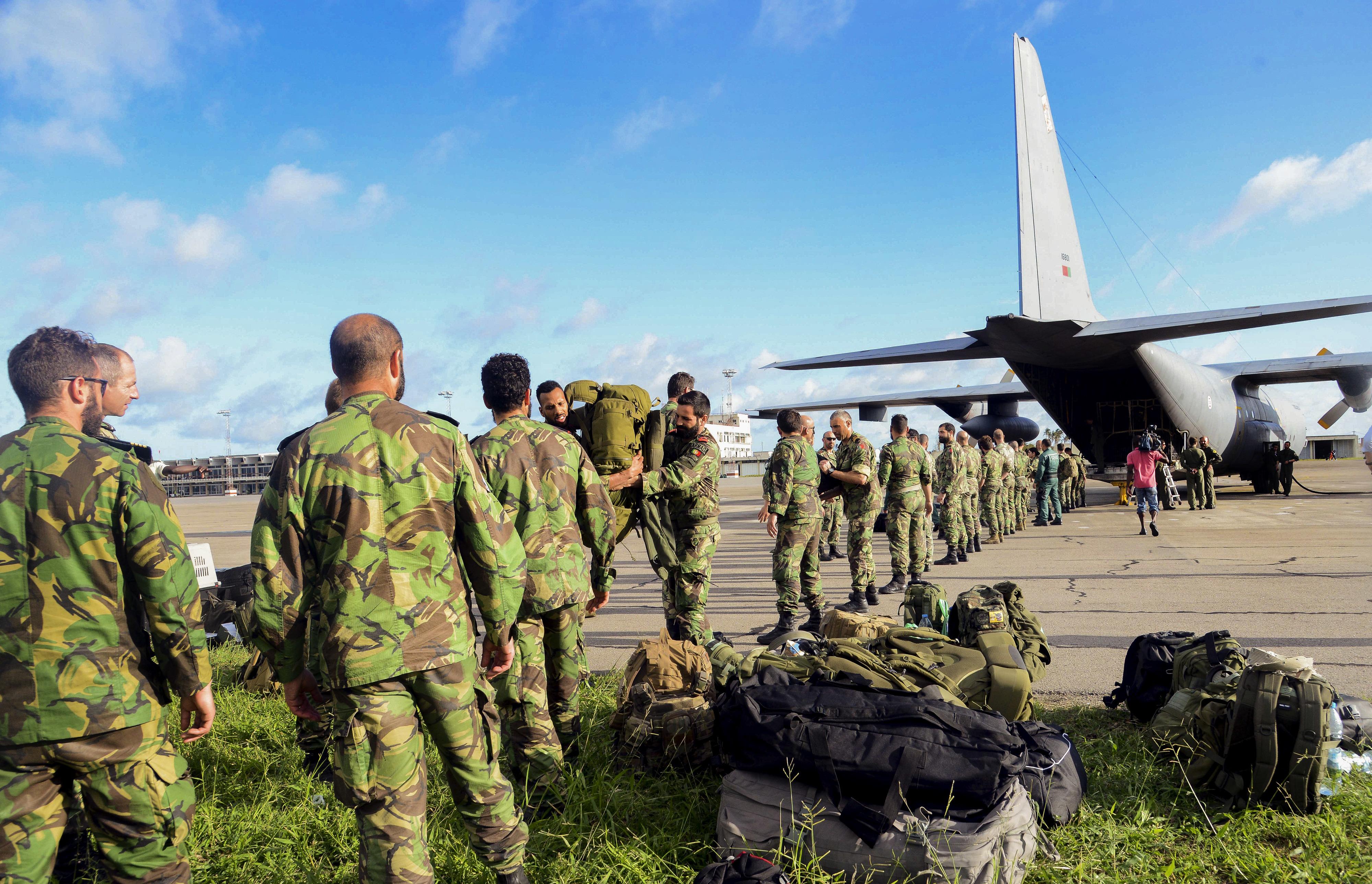 Militares portugueses prontos para operações de salvamento na Beira, em Moçambique