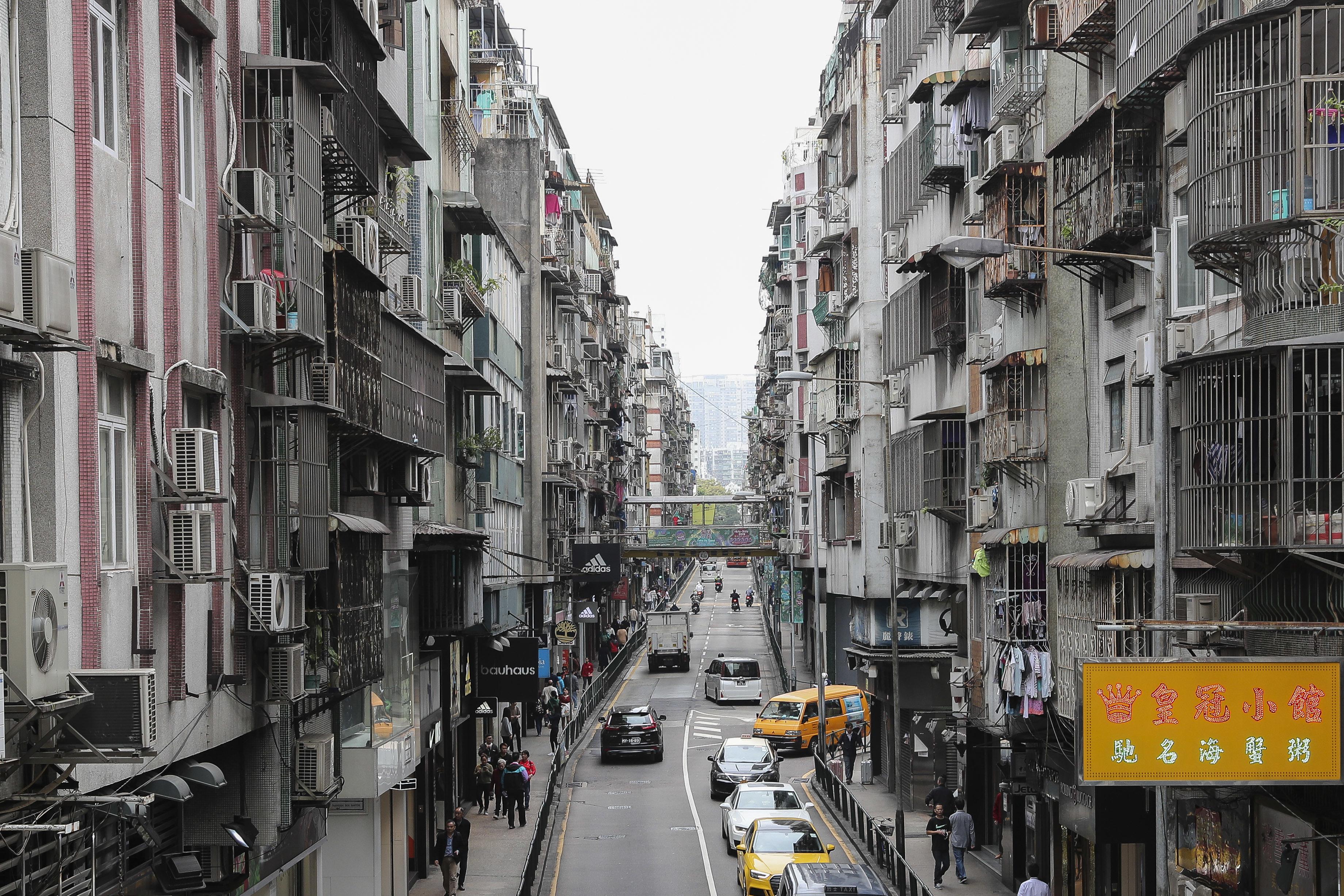 Centenas de taxistas pedem apoio financeiro ao Governo de Macau