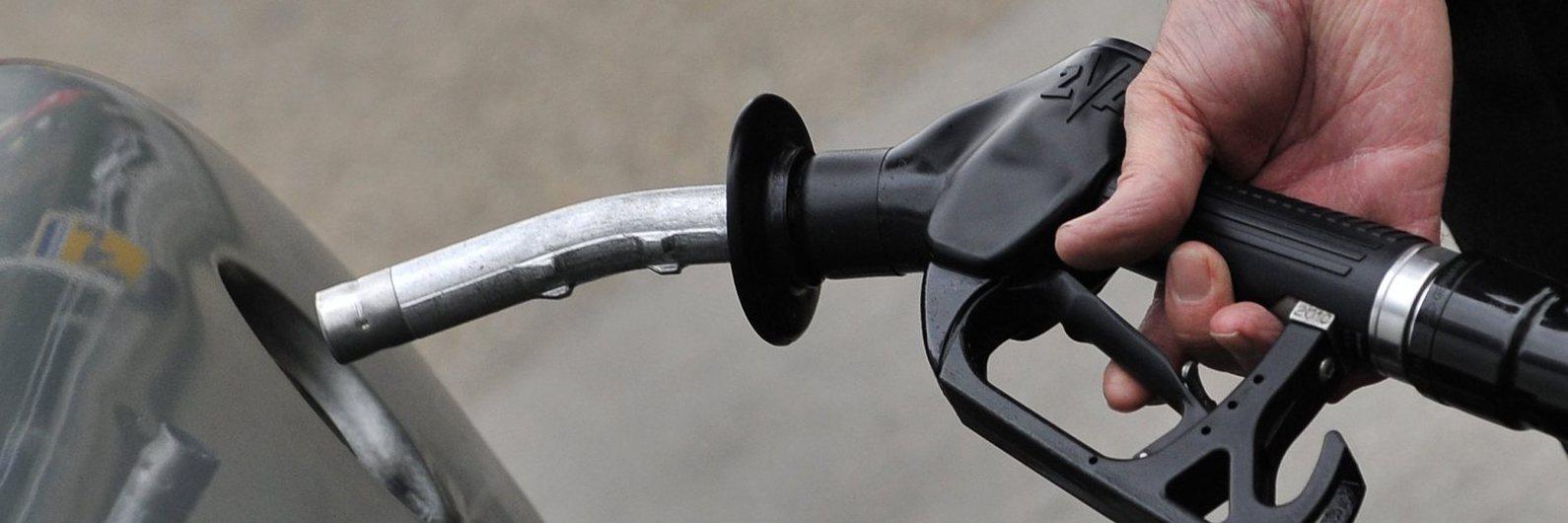 Preço dos combustíveis a caminho da maior queda do ano