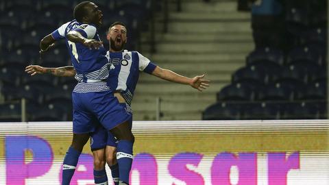 Layún domina nas assistências, Jonas afasta-se de Slimani nos goleadores