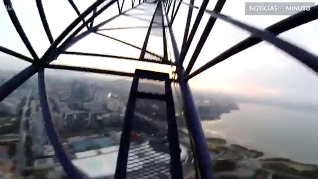 A cidade de Shenzhen vista a 400 metros de altura