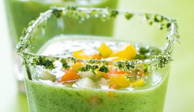 Gaspacho verde com um toque de sofisticação