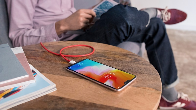 OnePlus explica porque não adicionou carregamento wireless no seu novo flagship