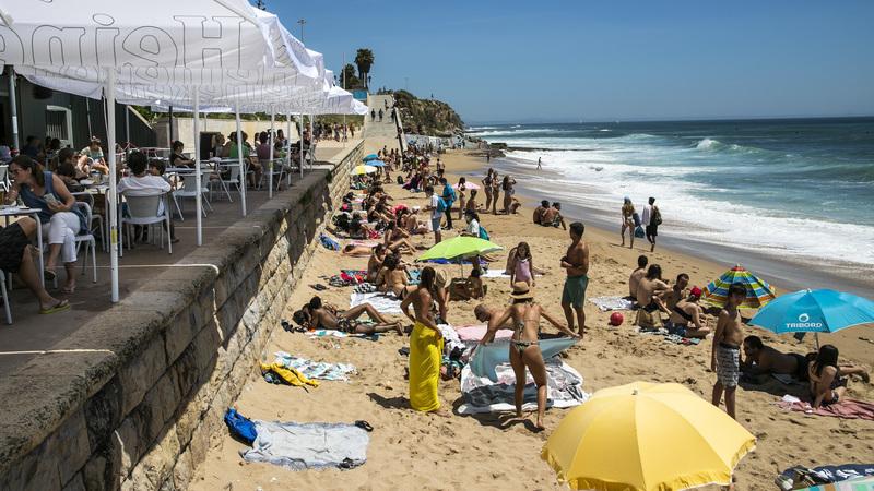 Época balnear arranca hoje com regras de distanciamento social e lotação