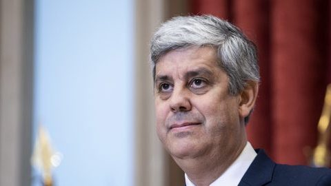 Baixa de IRS com efeitos retroativos a janeiro, garante Ministério das Finanças