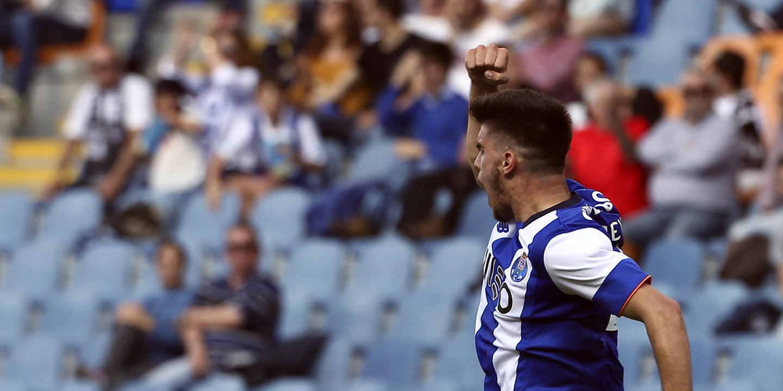 "Rúben Neves: ""Ainda irei festejar títulos com a camisola do FC Porto"""