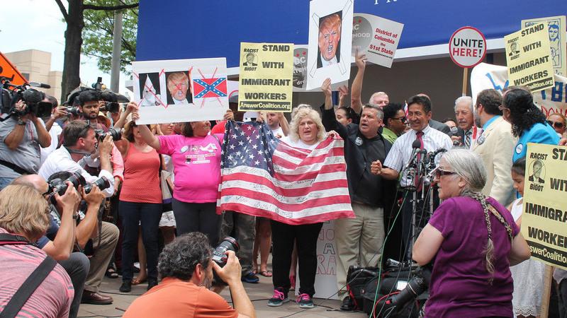Milhares de pessoas nas ruas de Nova Iorque em protesto contra Donald Trump