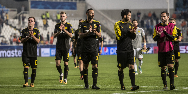 Dortmund desperdiça vantagem de dois golos e pode ser alcançado pelo Bayern de Munique
