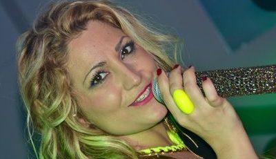 "Elena Correia, a ""nova Maria Leal"" da internet?"