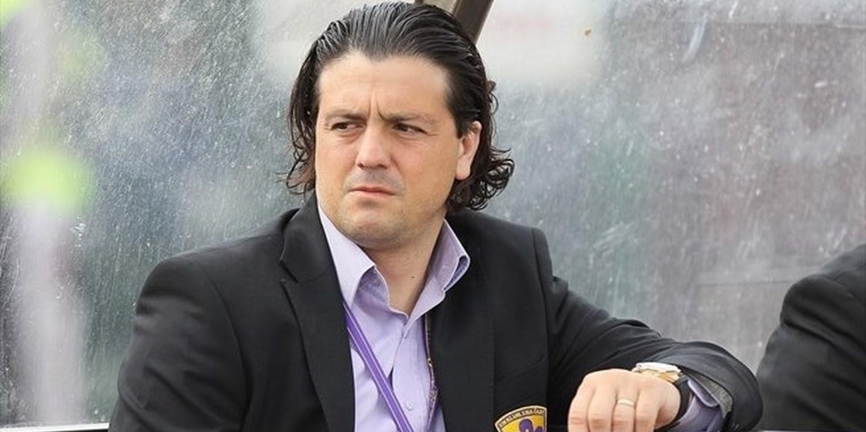 Zahovic suspenso devido a comentários sobre pai de um jornalista