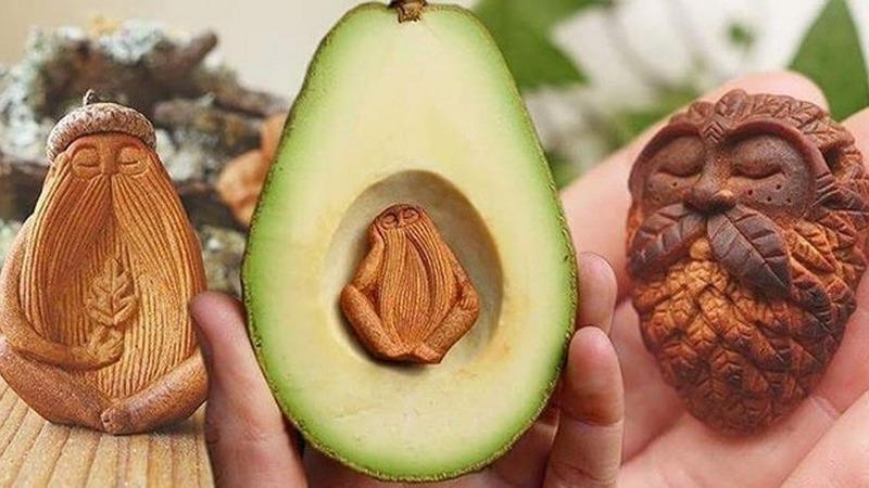 Irlandesa encontra uma vocação, a de esculpir em caroço de abacate