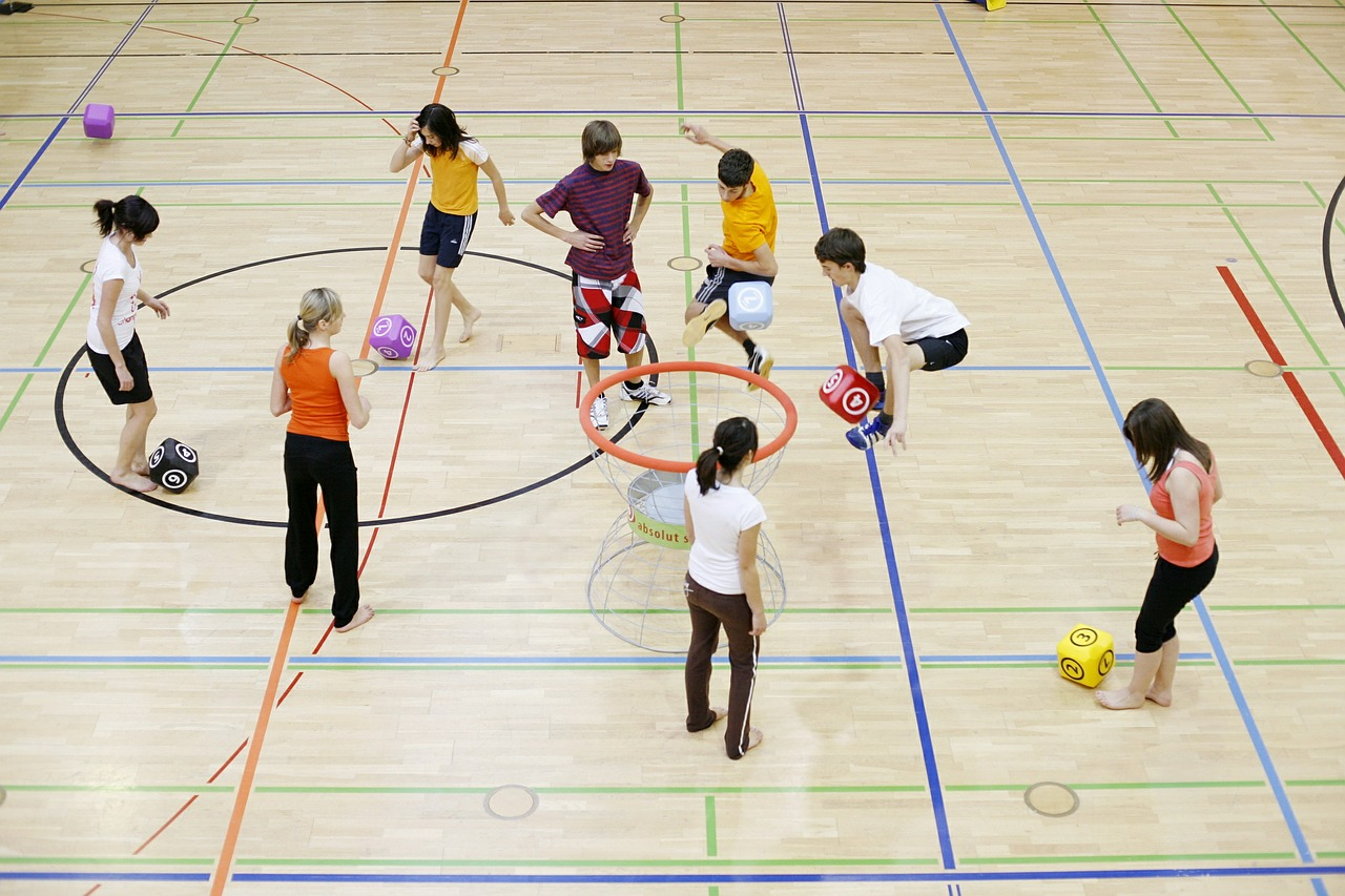 Oeste cria academias para incentivar população a fazer desporto e reduzir risco de doenças